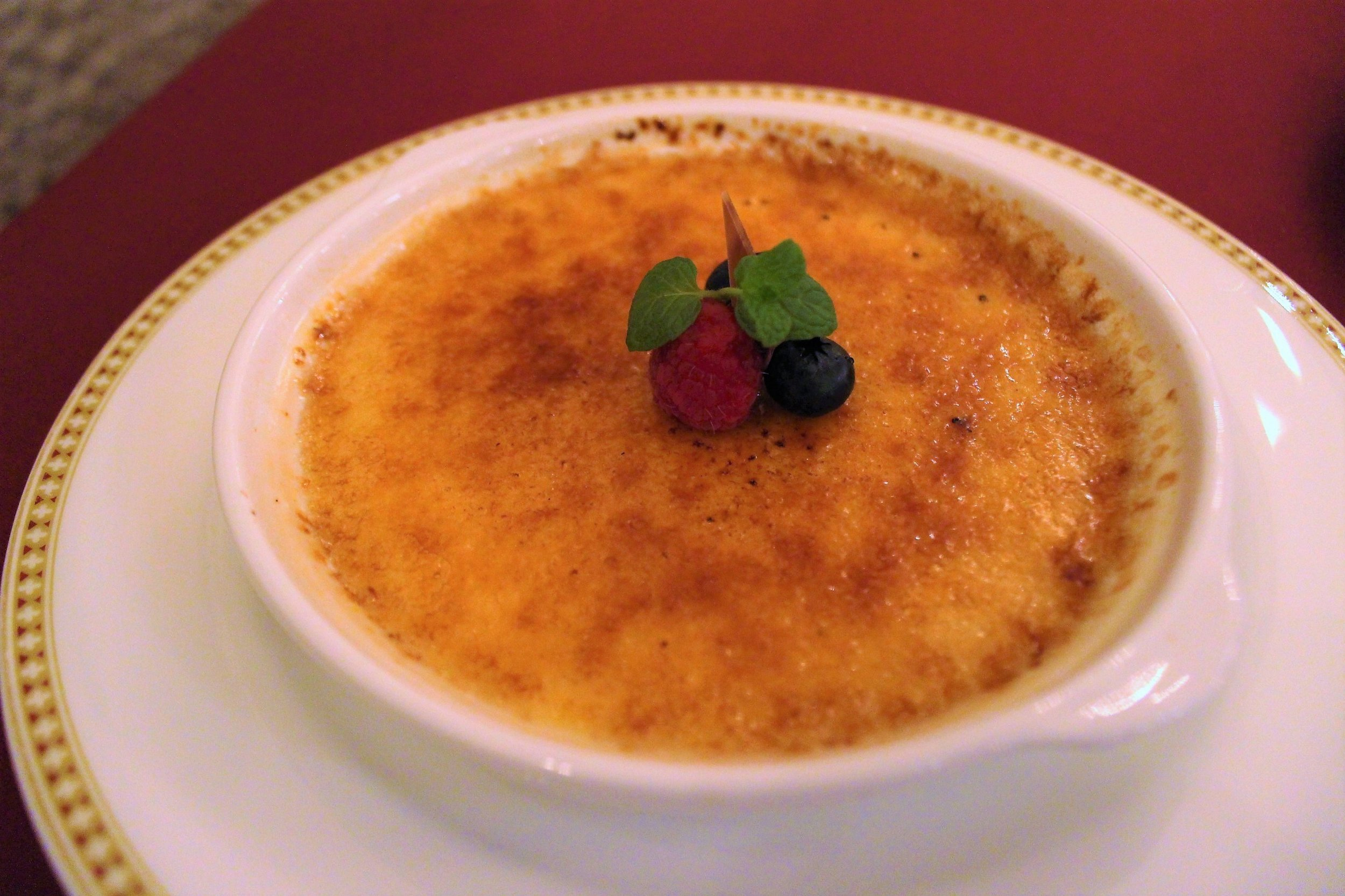 Crème Brûlée at Magellan's in DisneySea, Tokyo, Japan