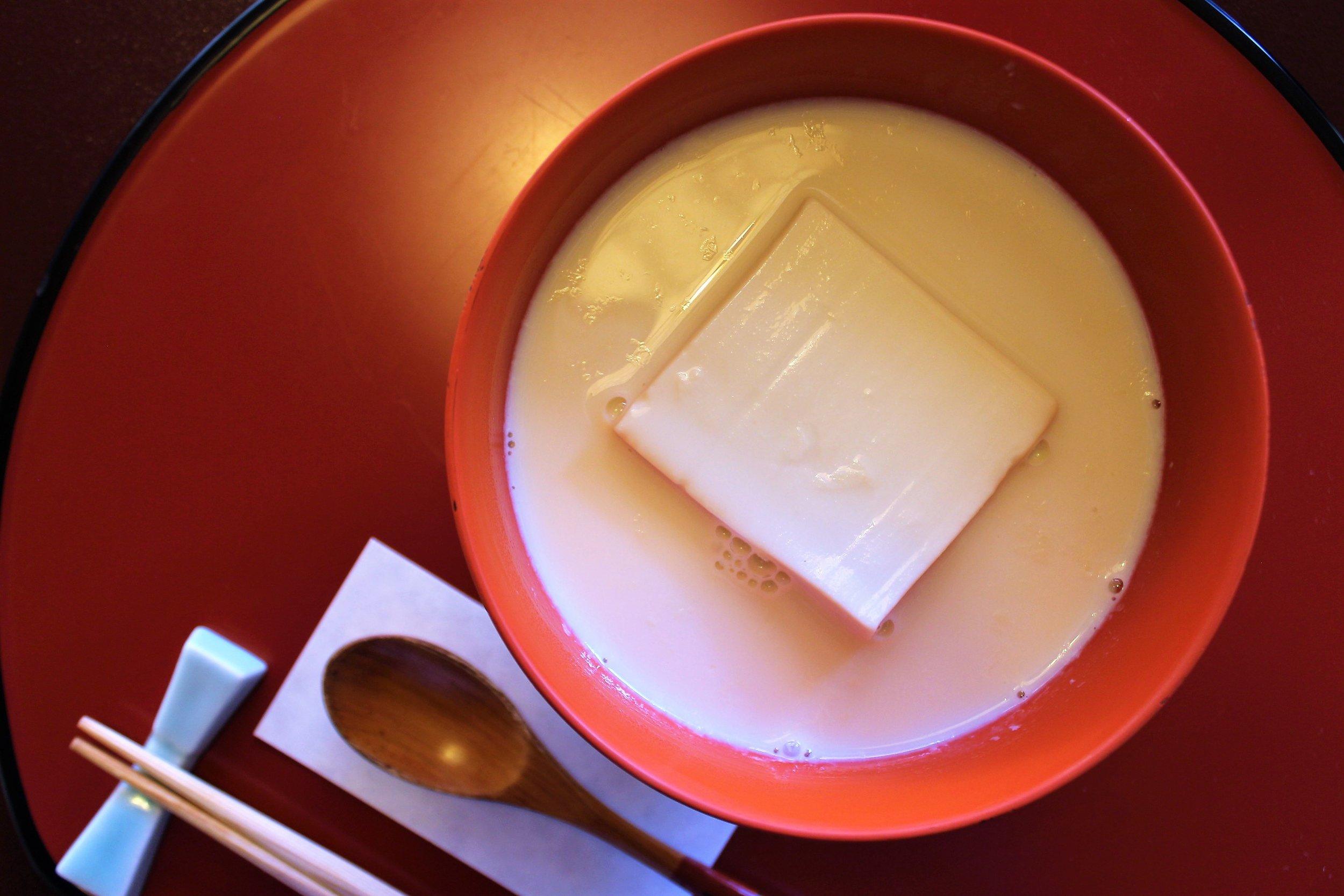 Tousui Tofu (Tofu in Seasoned Soy Milk) at Tokyo Shiba Tofuya Ukai in Tokyo, Japan