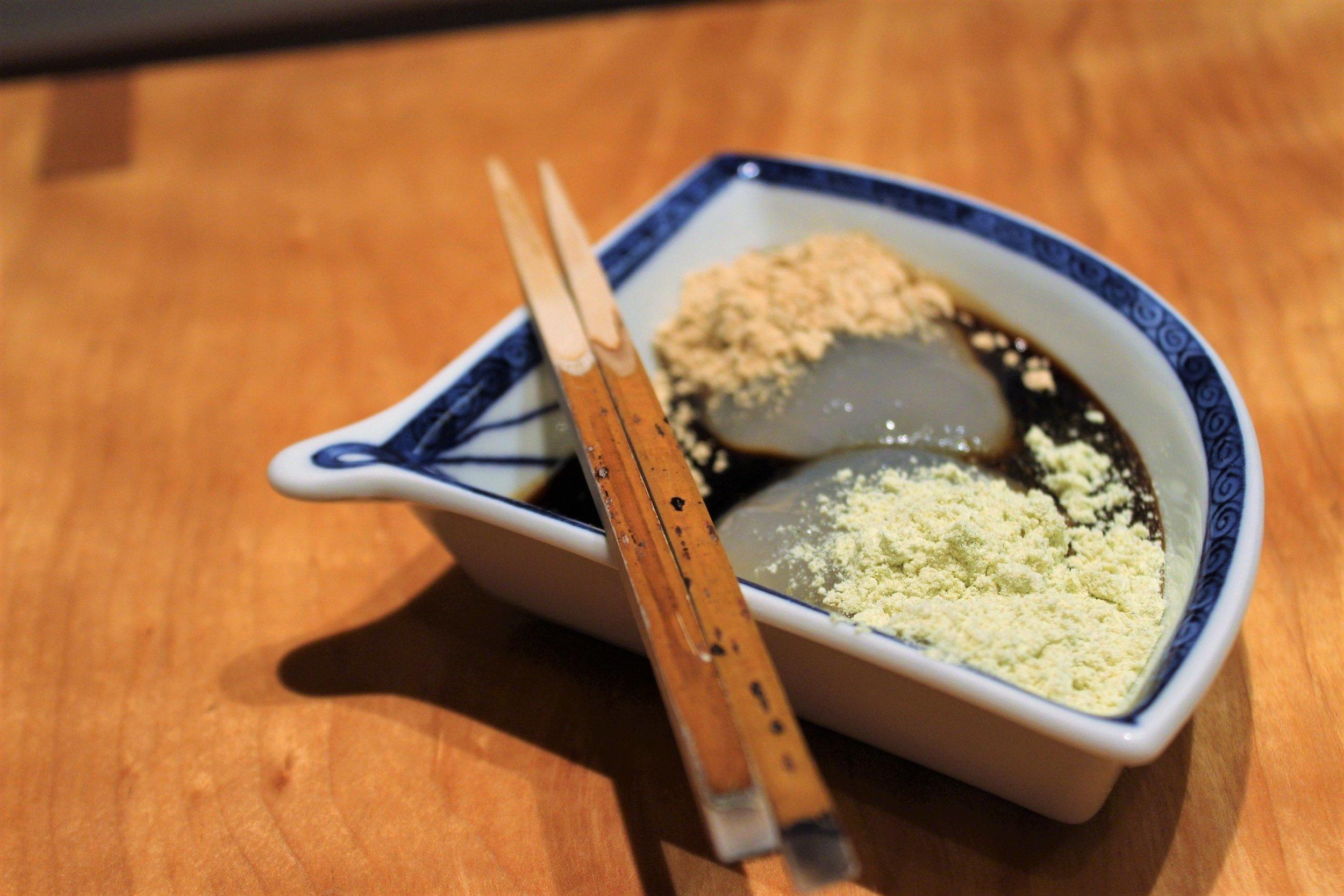 Warabi-mochi Bracken Starch Jelly covered in Kinako Toasted Soybean Flour at Kien in Tokyo, Japan