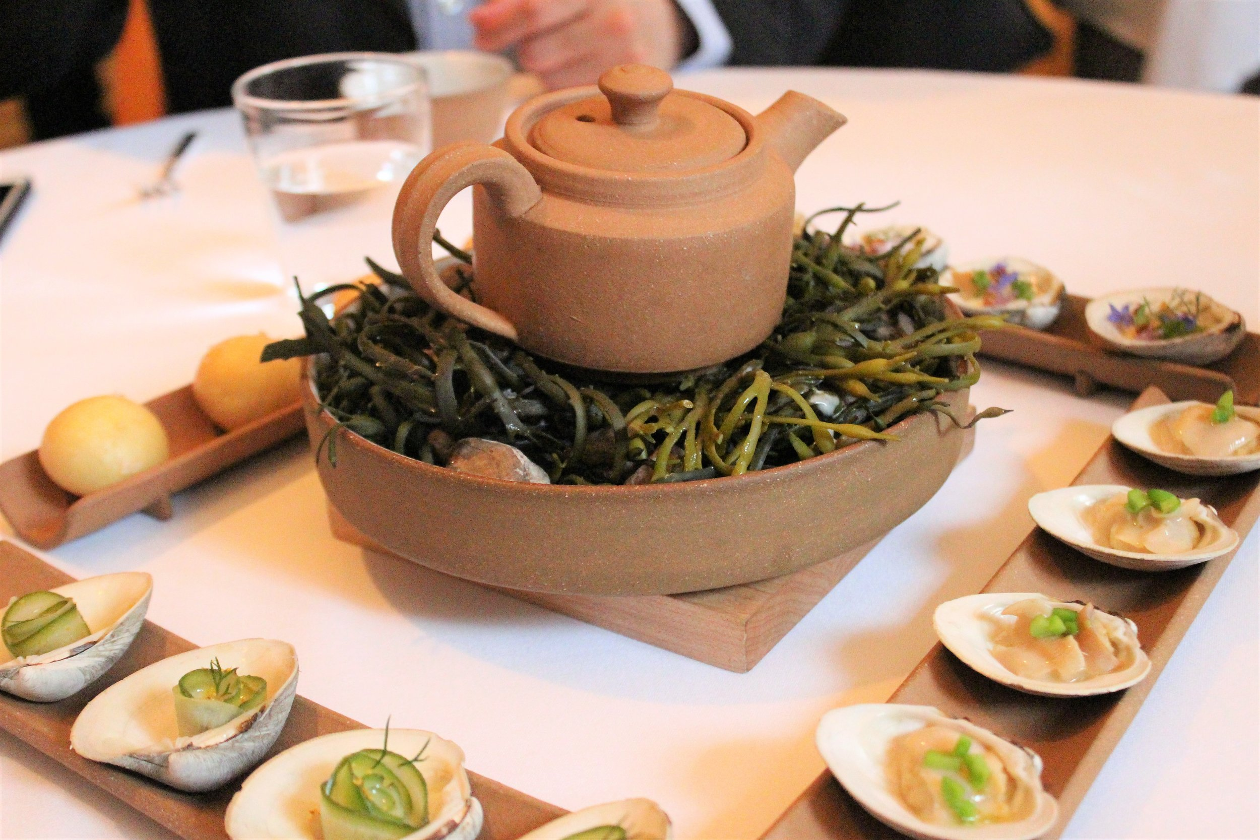 Little-Neck-Clam-Clambake-with-Velouté-2011-at-Eleven-Madison-Park-in-New-York-City.JPG