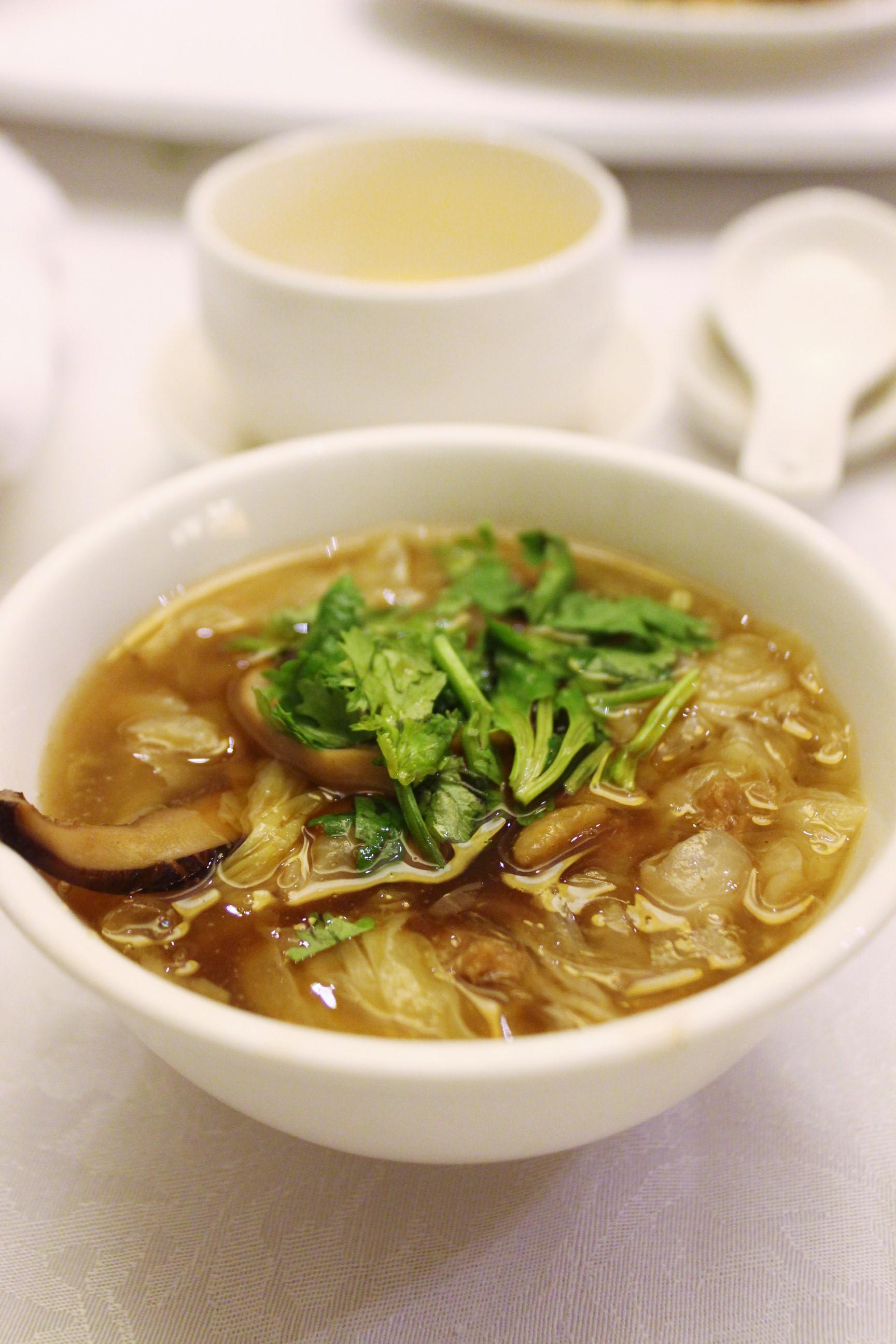 Shark Fin Hotpot 魚翅鍋 at 欣葉 in Taiwan