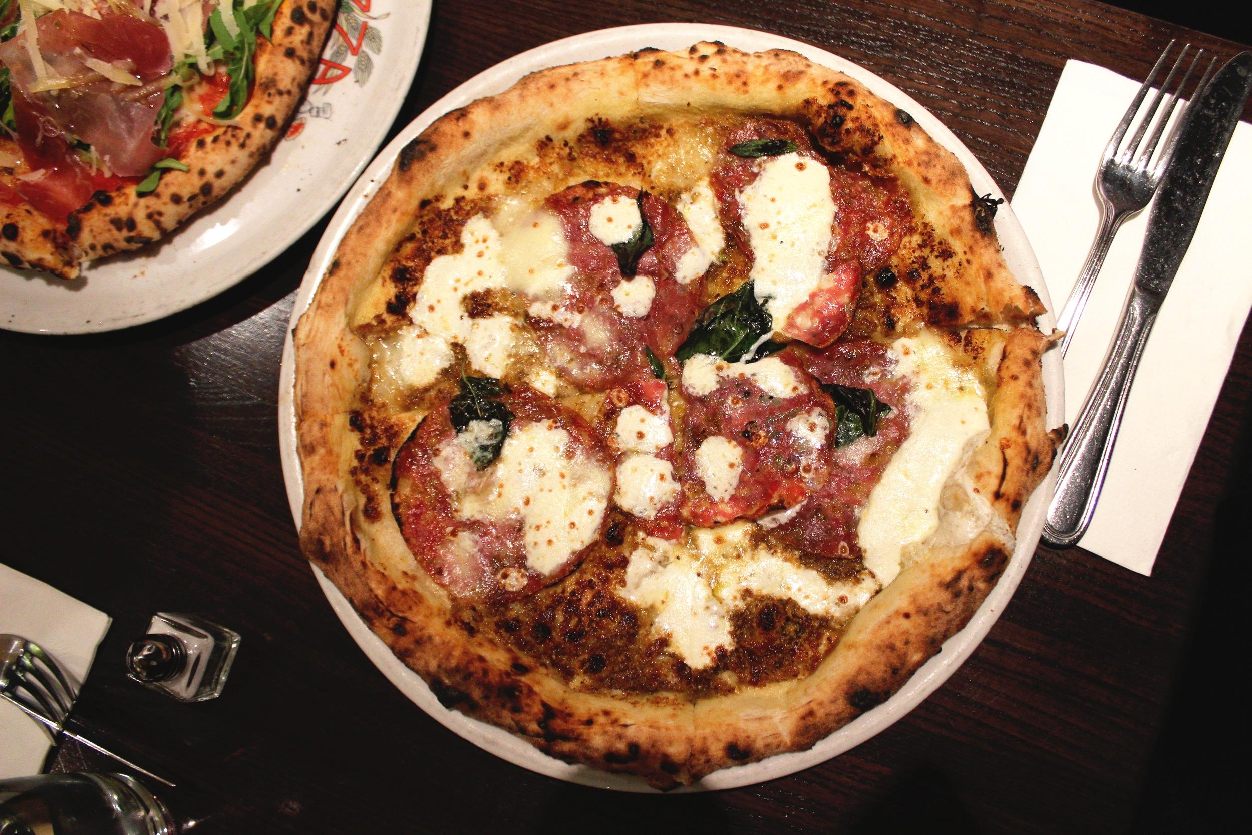 Pistacchio e Salsiccia: Fresh Pistacchio Pesto, Sausage, Homemade Mozzarella, Pecorino Romano, Basil, EV Olive Oil at Keste