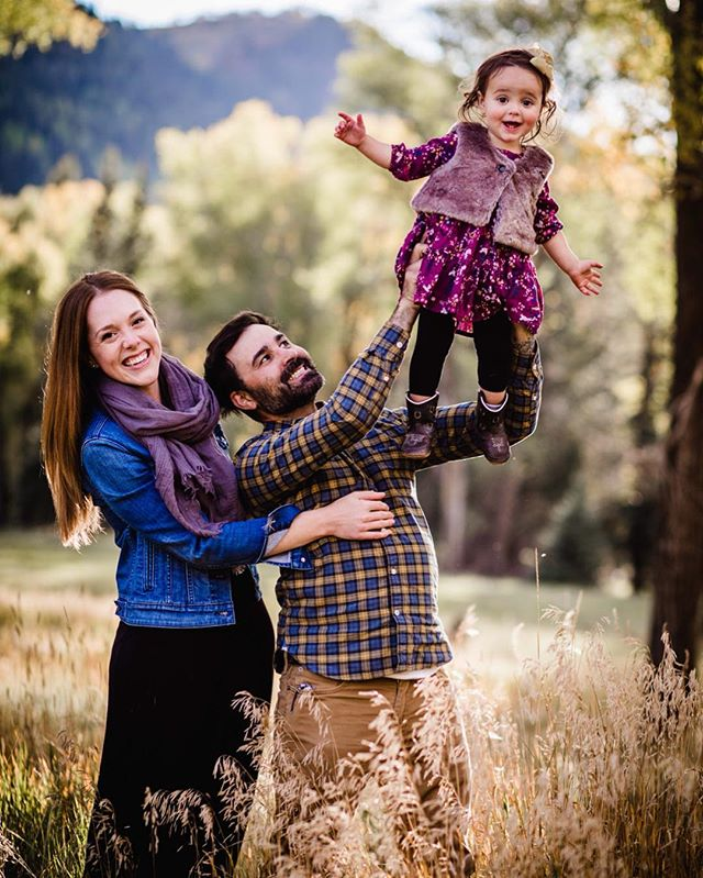 ❤️ . . . . . . . . . . #telluridephotographer #tellurideportraitphotographer #telluride #telluridecolorado #telluridefamilyphotographer #clickinmoms #letthekids #candidchildhood #momswithcameras #childhoodunplugged #pixel_kids #dearphotographer #simplychildren #uniteinmotherhood #letthembelittle #lightinspired #magicofchildhood #inbeautyandchaos #thepursuitofjoyproject