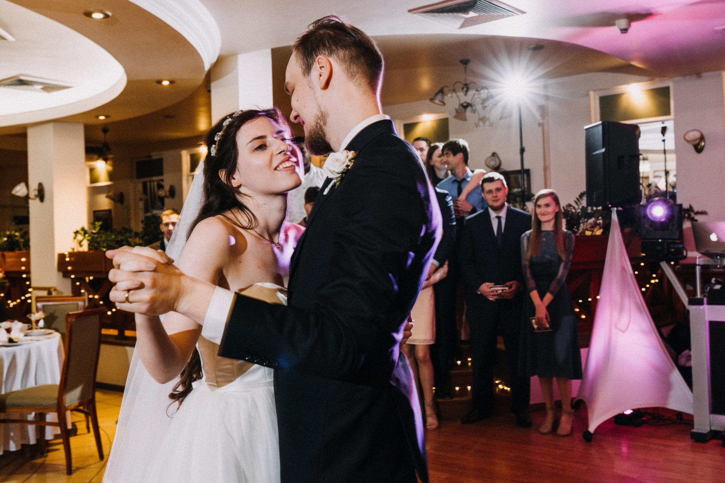 Our wedding photos (191 of 416).jpg