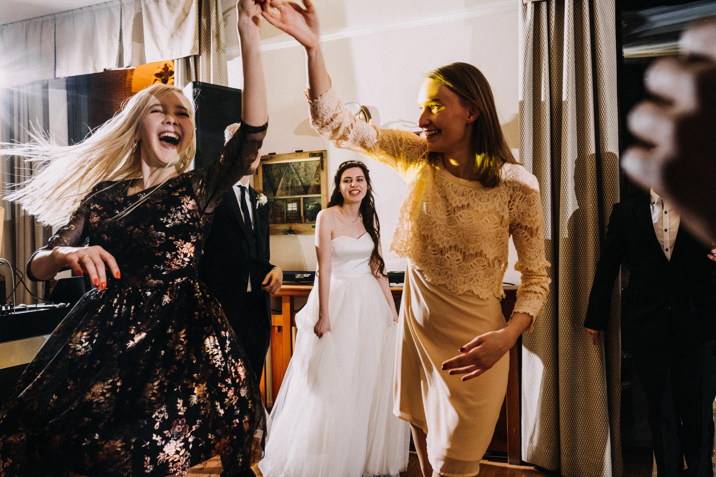 Our wedding photos (219 of 416).jpg