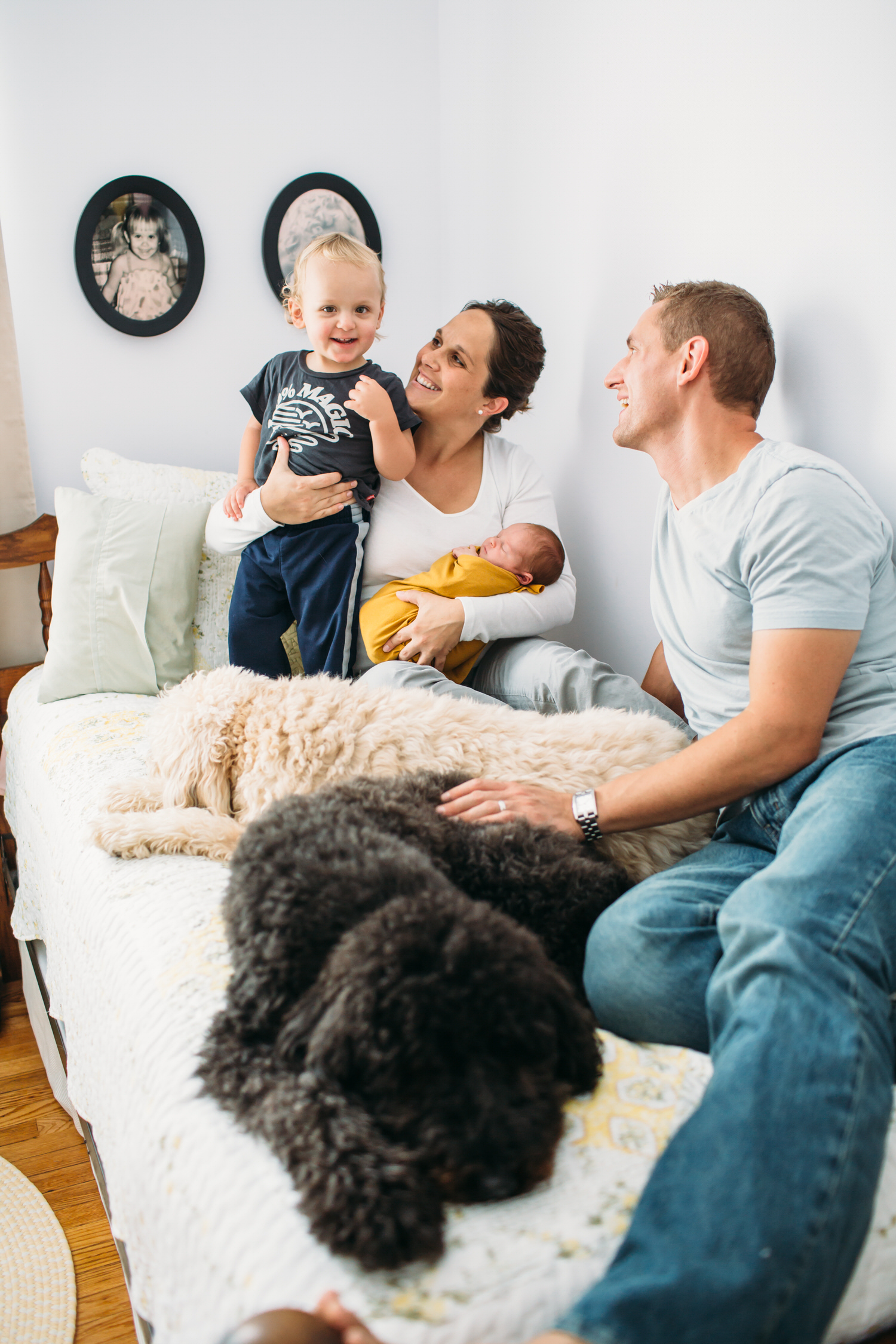 at home newborn photos, lifestyle photographer, st louis family photographer