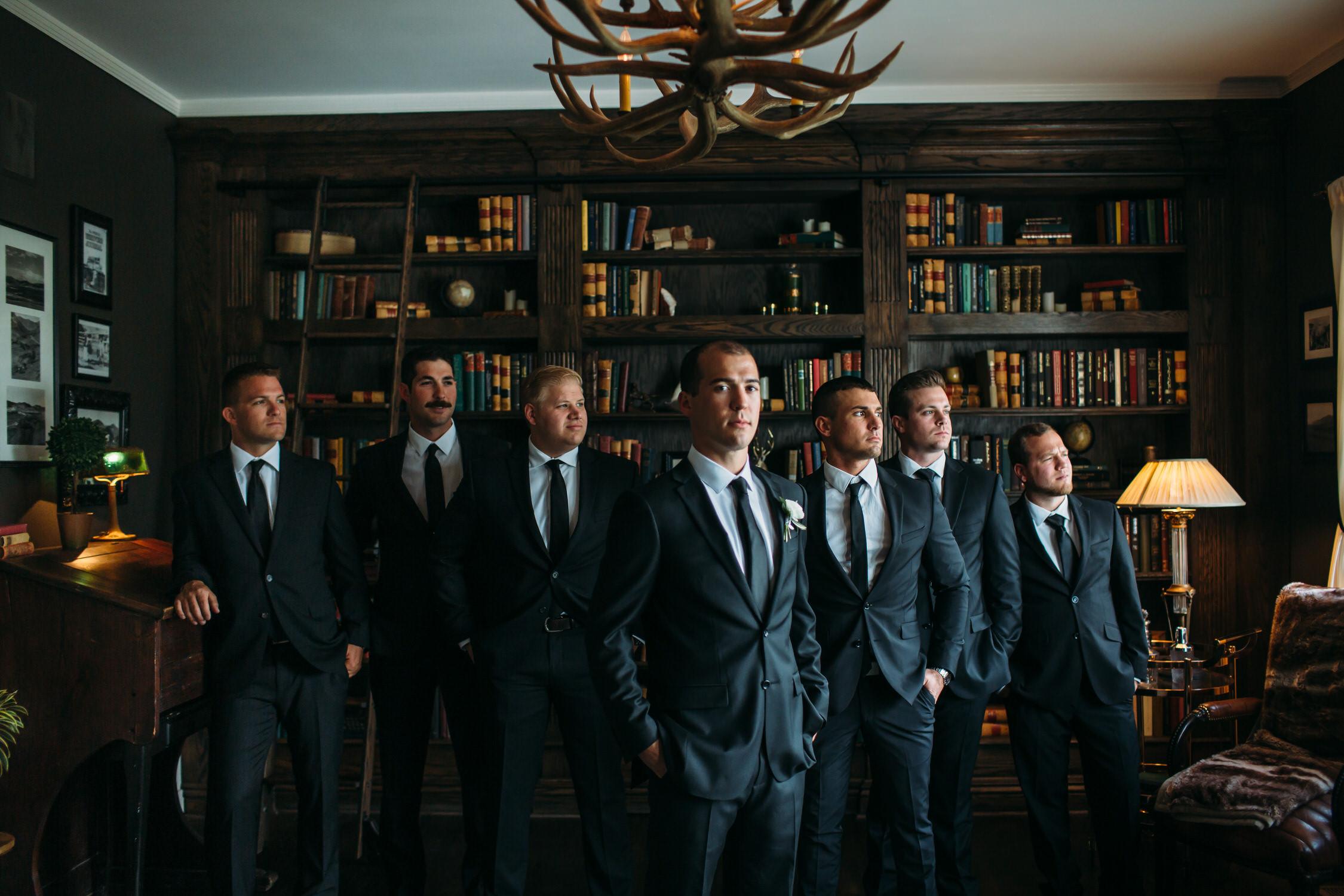 Groom and groomsmen photos, Utah Wedding photographer
