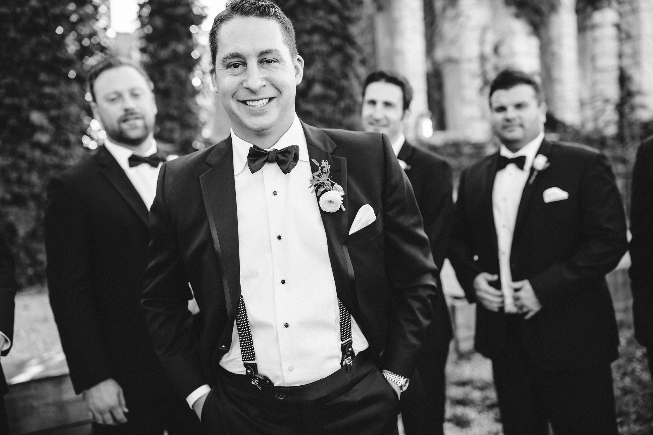 Groom style wedding day with groomsmen, Seattle wedding photographer
