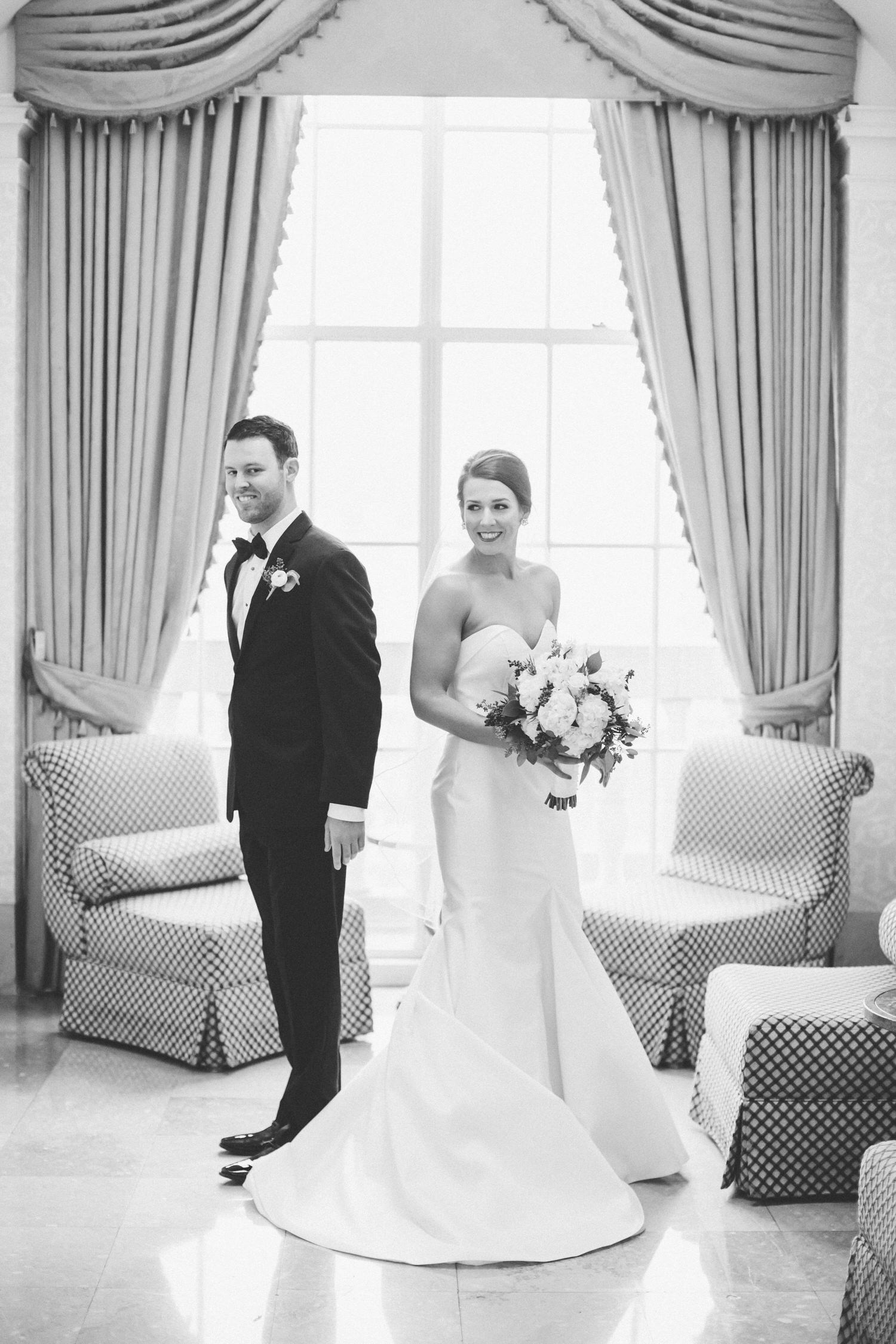 First Look, downtown st louis wedding photographer