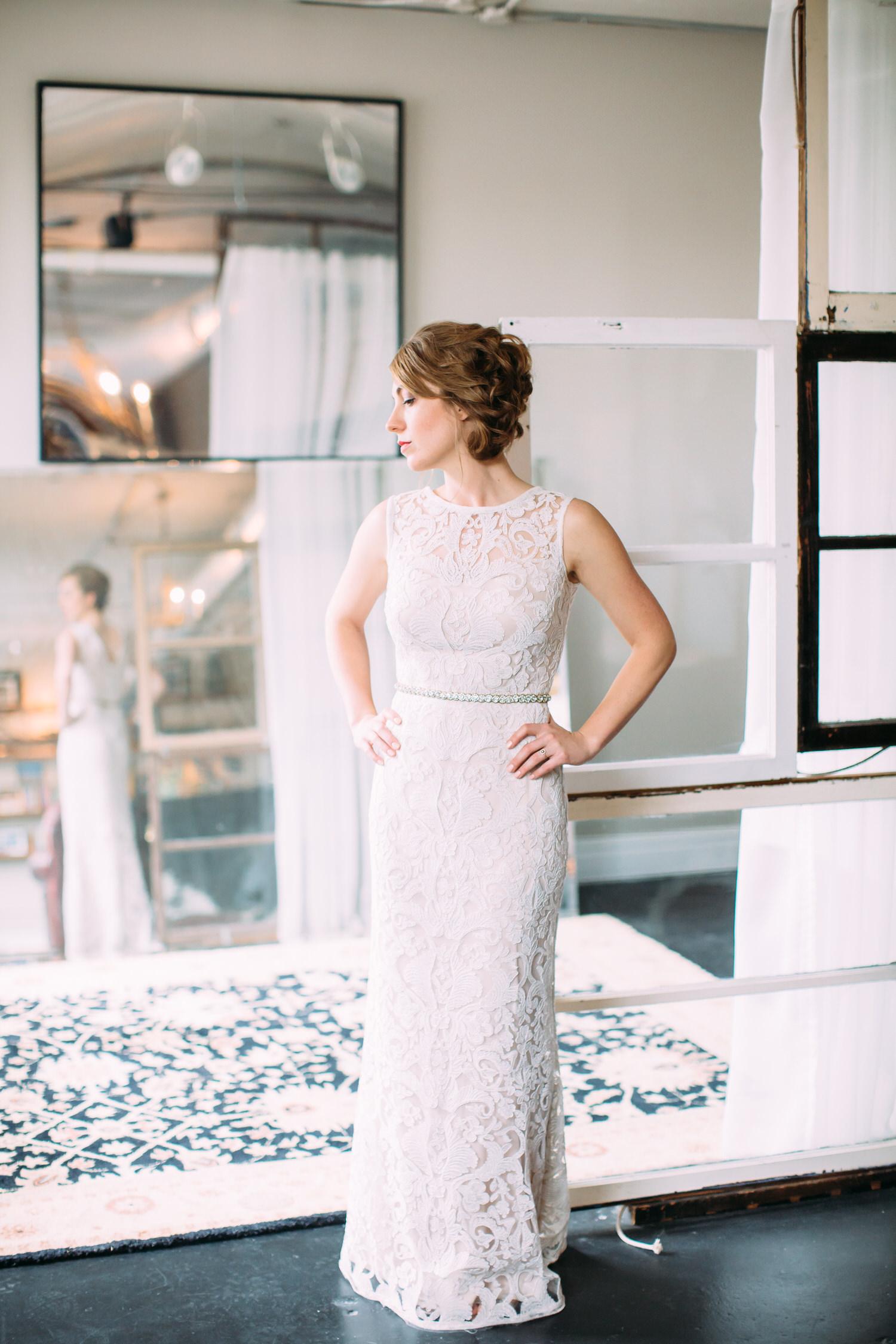 St Louis Modern Bride. Wedding photographer
