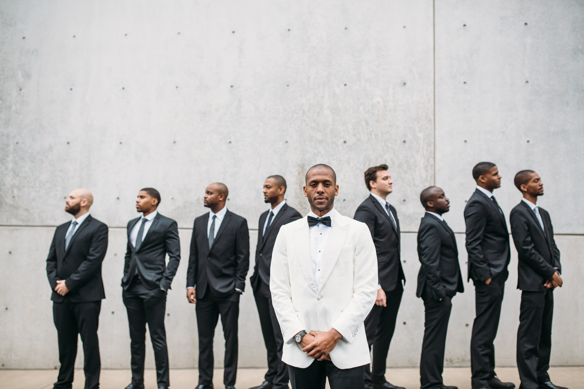 Wedding party photos, group photos at a wedding, groom and groomsmen, relaxed wedding photos, St Louis Wedding Photographer