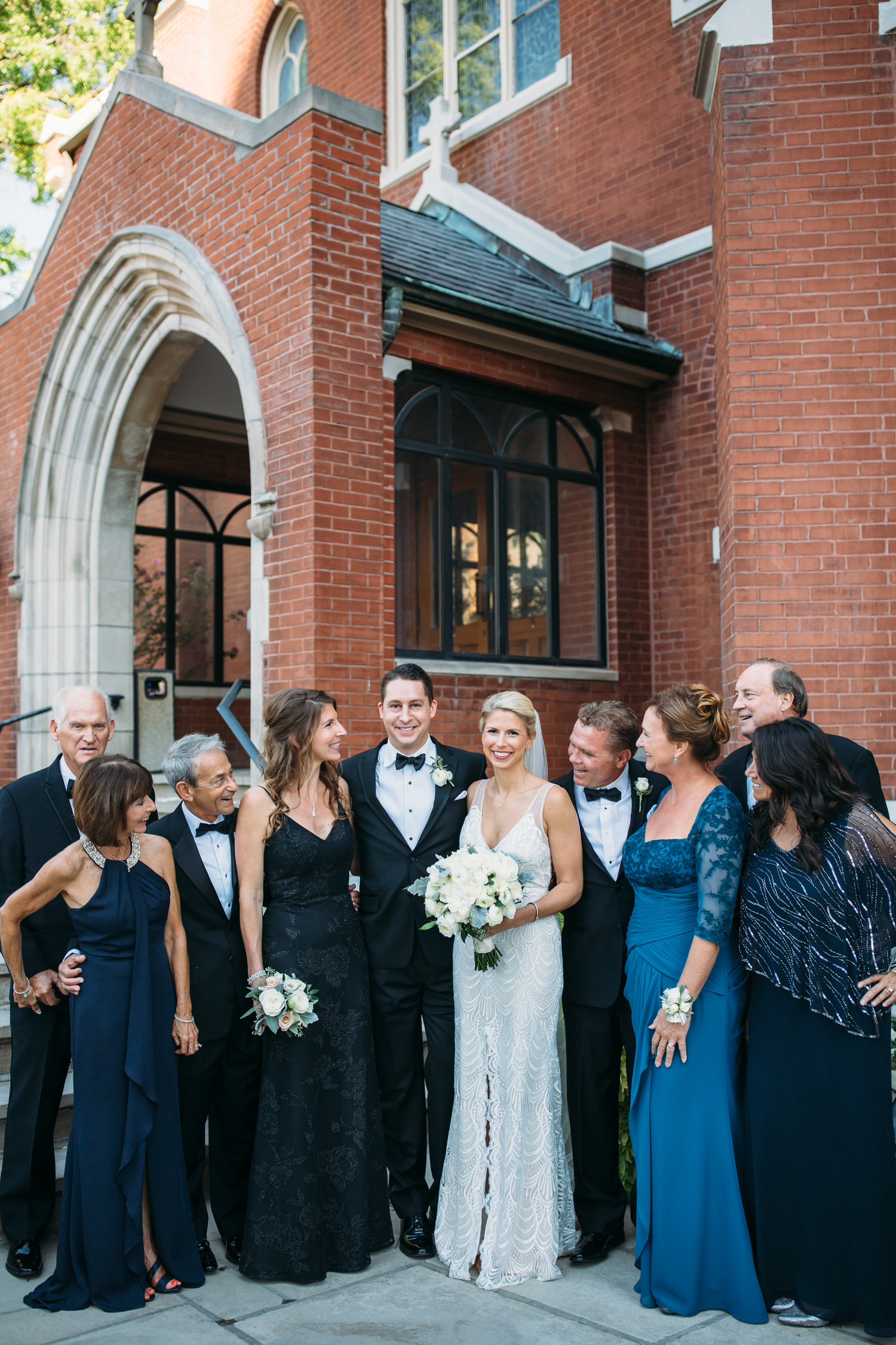 Wedding party photos, group photos at a wedding, relaxed wedding photos, Denver Wedding Photographer, Family formals
