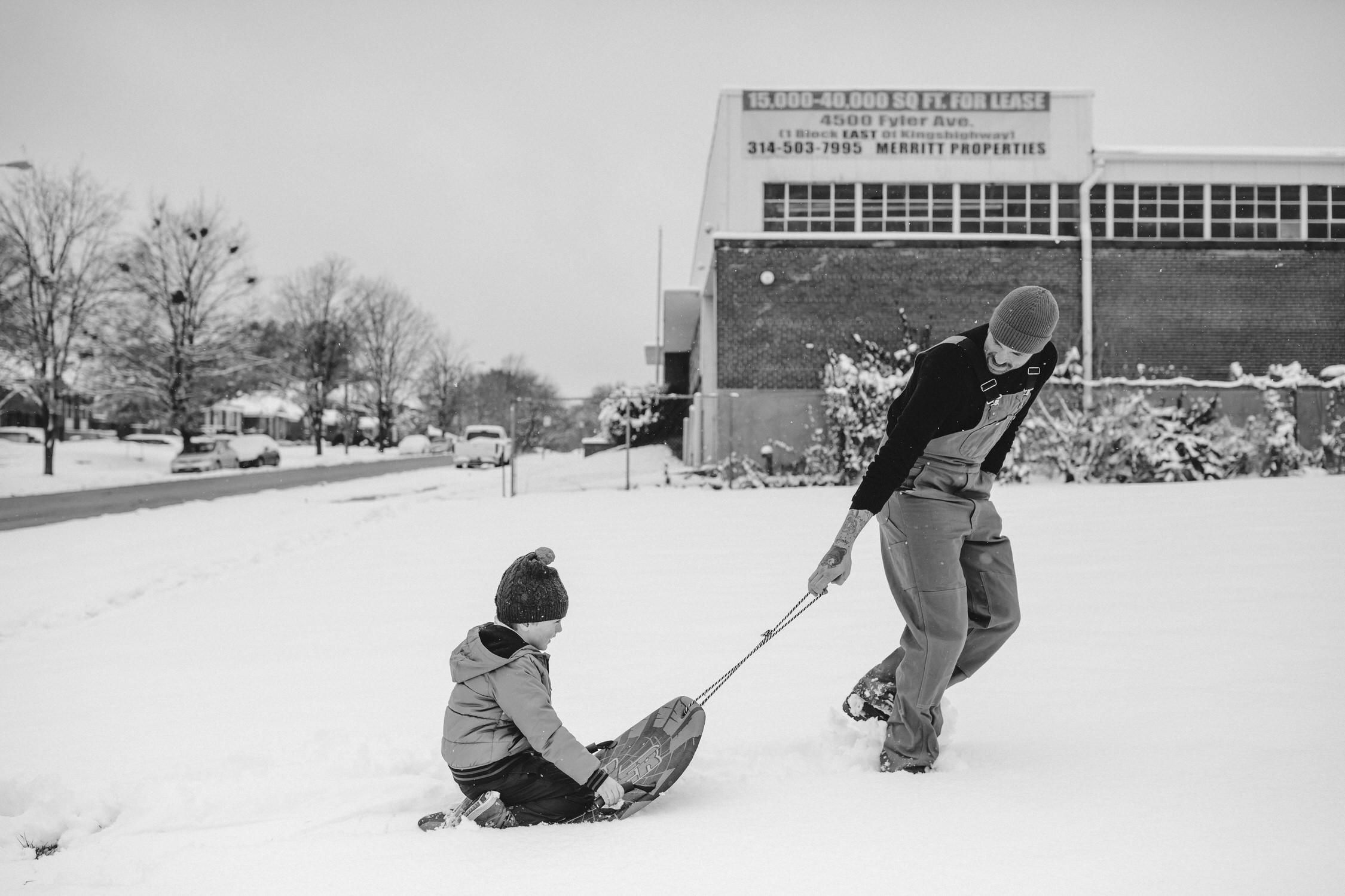 Snowday family photos, St Louis Family photographer