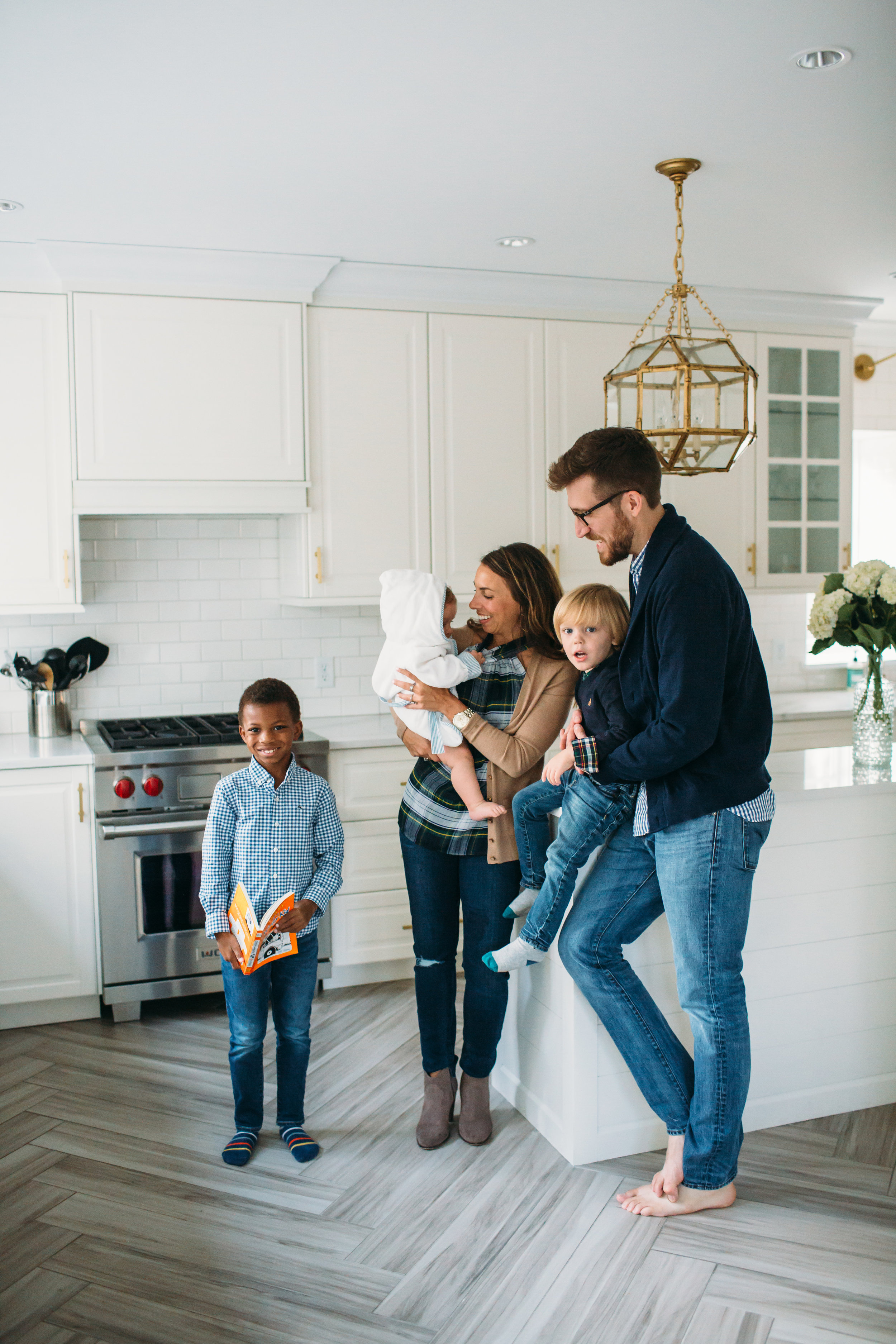 St louis family photos, Lifestyle photographer, Kitchen remodel