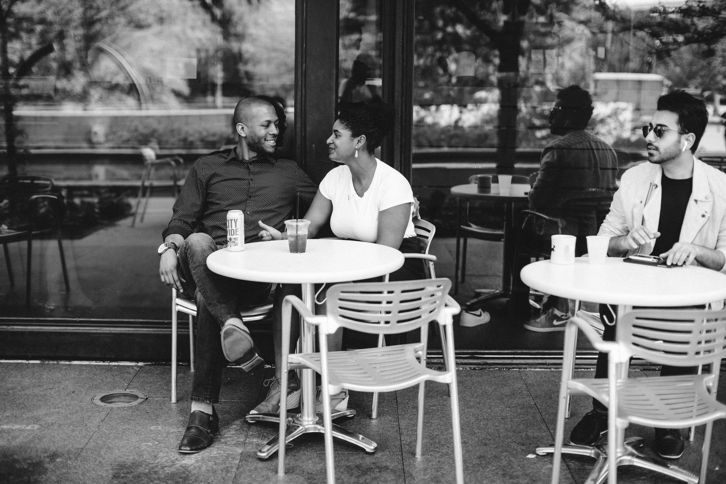 relaxed couple photos, real couple photos, urban couple photos, chicago couple photos, couple photography St. Louis, couple portraits utah, couple laughing photos, couple smiling photos
