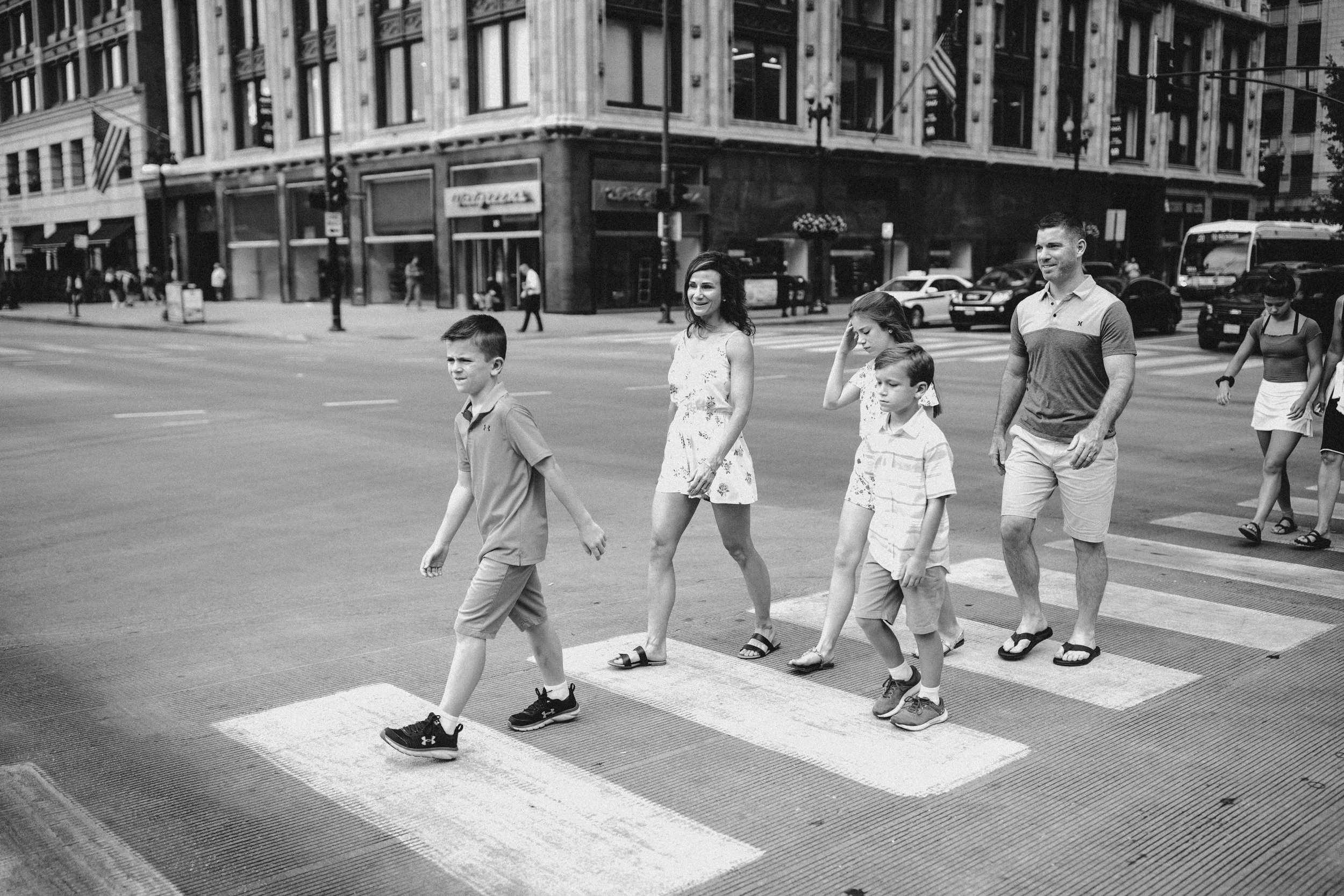 Reeves_Family_vacation_Downtown_Chicago_81219-36.jpg