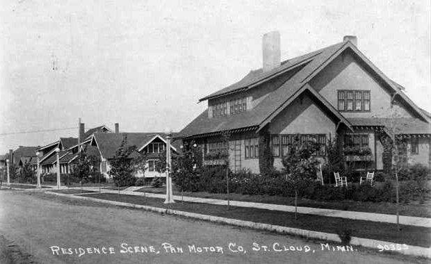 Pantown. Pandolfo's residence in foreground.