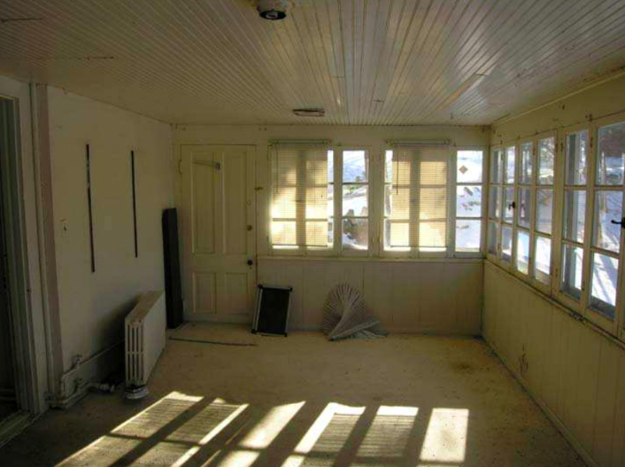 Main level sunroom in 2011. Photo: Historic Structures Report.