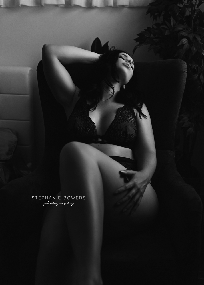 67b38-ChristinaBoudoir_09.jpg
