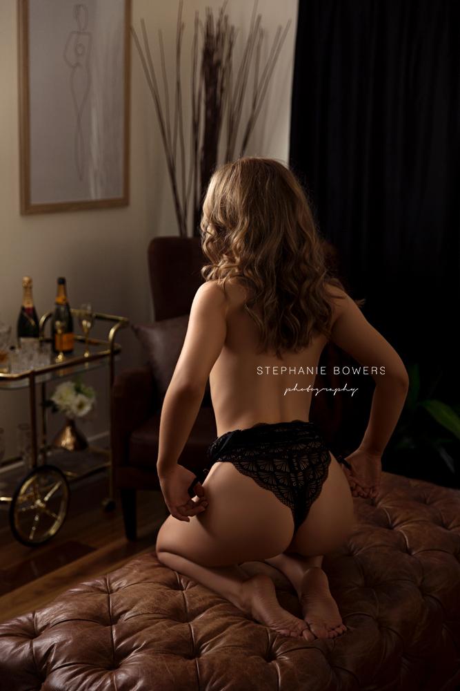 Shannon Doolan Boudoir_17.jpg