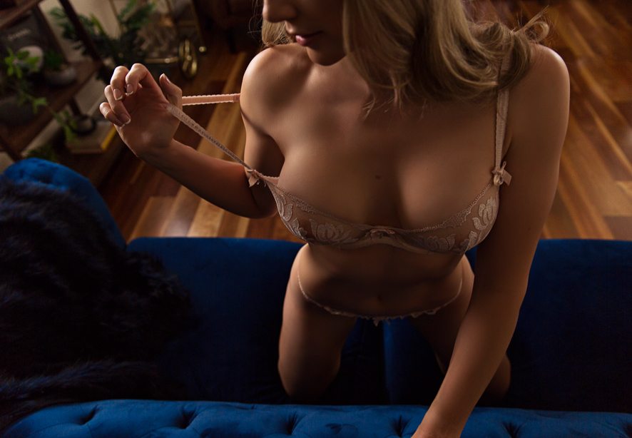 Brisbane Boudoir Photographer