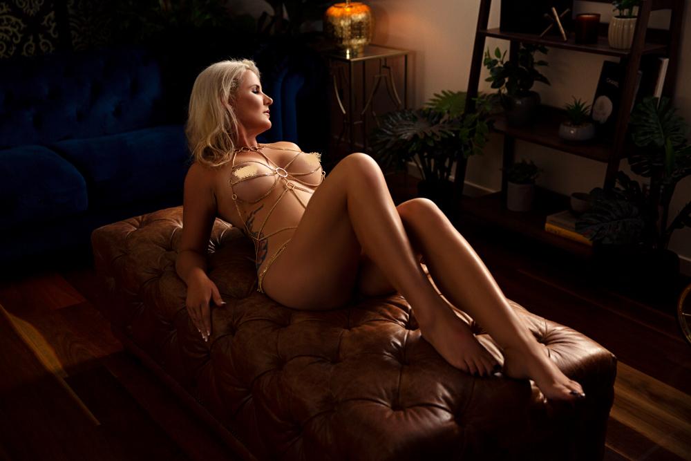 Kristy Boudoir_023.jpg