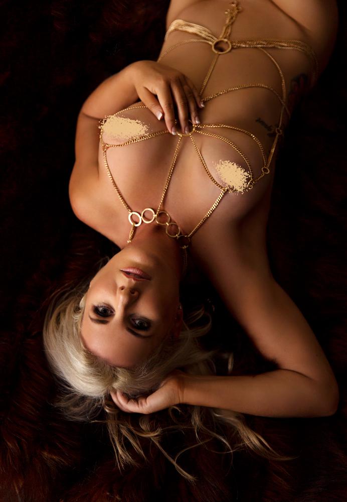 Kristy Boudoir_035.jpg