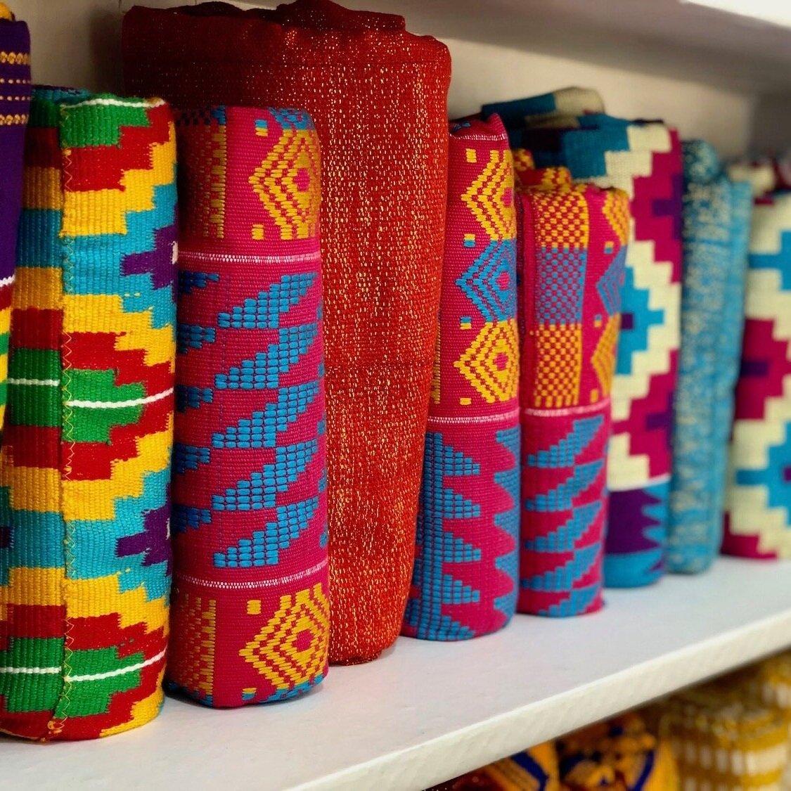 HAND-WOVEN CLOTH - Kente & Batakari from Ghana