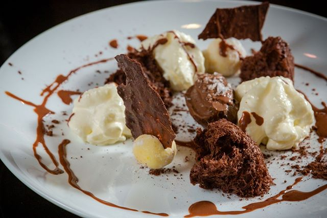 Sunday's are made for cheating - and there's no better way than with our Chef's Chocolate Surprise. ⠀ ⠀ We'd ruin the surprise if we told you what's inside, but here's a cheeky hint: three types of chocolate, a couple dashes of cream and a little sprinkle of sea-salt to contrast those sweet, sweet flavours. ⠀ ⠀ Indulge a little tonight, at KNICK KNACK - 24Bis Dong Du, D1, Saigon.⠀⠀ ⠀⠀ #knickknacksaigon #vietnam #nam #saigon #saigoncity #saigonlife #somewhereinsaigon #saigonese #vscosaigon #saigoncocktails #saigonfood #saigonfoodie #hcm #hcmc #bar #restaurant #eatery #cocktails #cocktailbar #retro #menu #food #drinks #happyhour #tapas #rooftop #sunset
