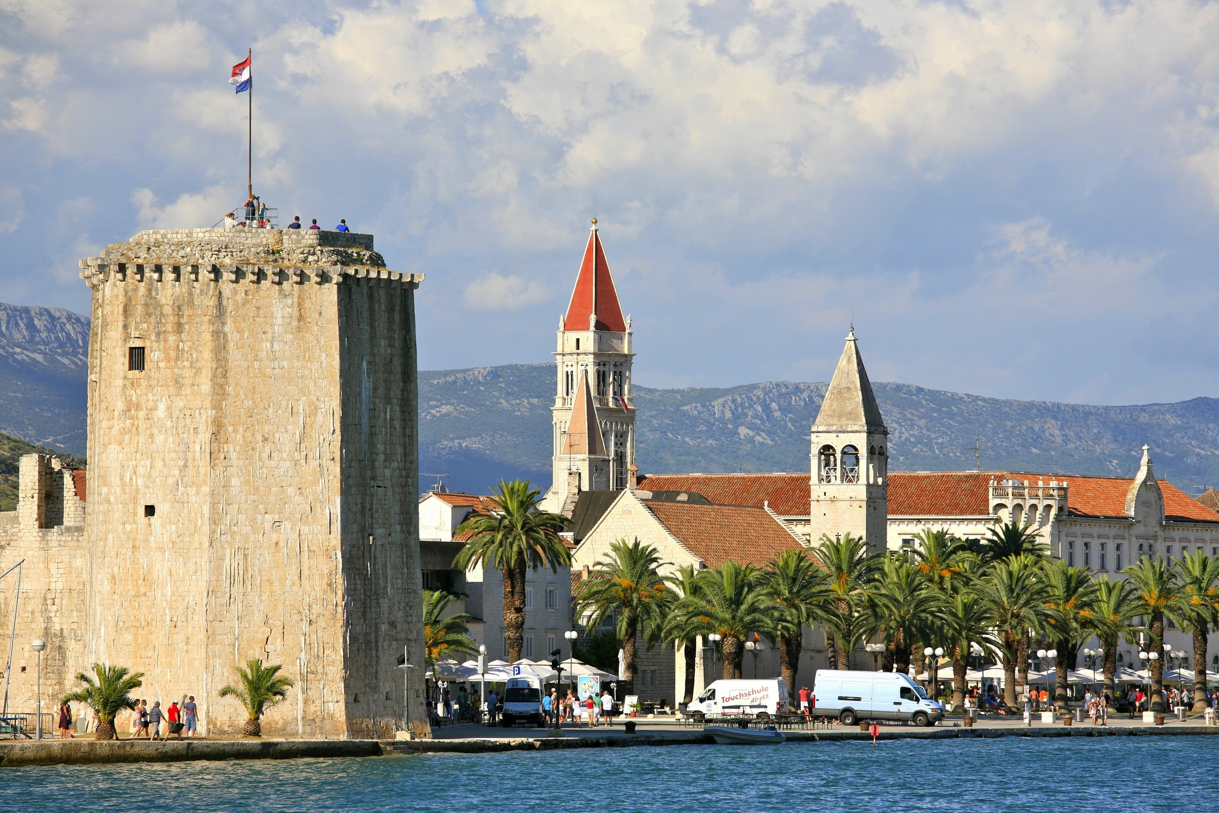 City_of_Trogir_and_the_Tower_of_the_Kamerlengo_Castle_(5975489212).jpg