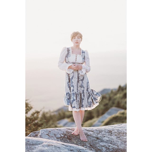 After an unintentional hiatus, I'm back with some #mountainportraits of my love @leahastore 🖤 there will be a lot more of these types of photos as we hike more mountains and bring old #vintage #dresses with us 😊  #gunnesax #vintagedress #mountain #mountainart #art #fineart #myart #powercouple #mountmonadnock #takeportraits #makeportraits #fuji #fujifilm #fujifilmxt3 #zacharystonephotography