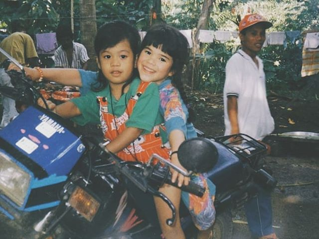I've been decluttering/digitising photographs and found this gem ❤️🇵🇭 . . . . . . #philippines #thephilippines #pinay #filipina #decluttering #motorbike