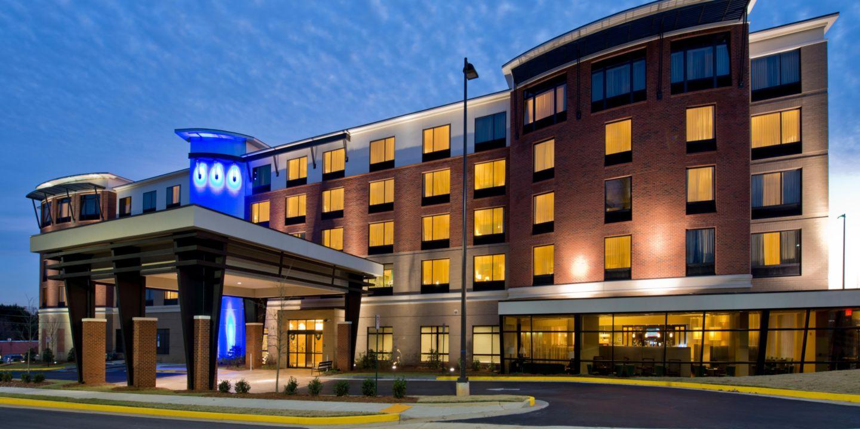 hotel-indigo-college-park-4306226722-2x1.jpg