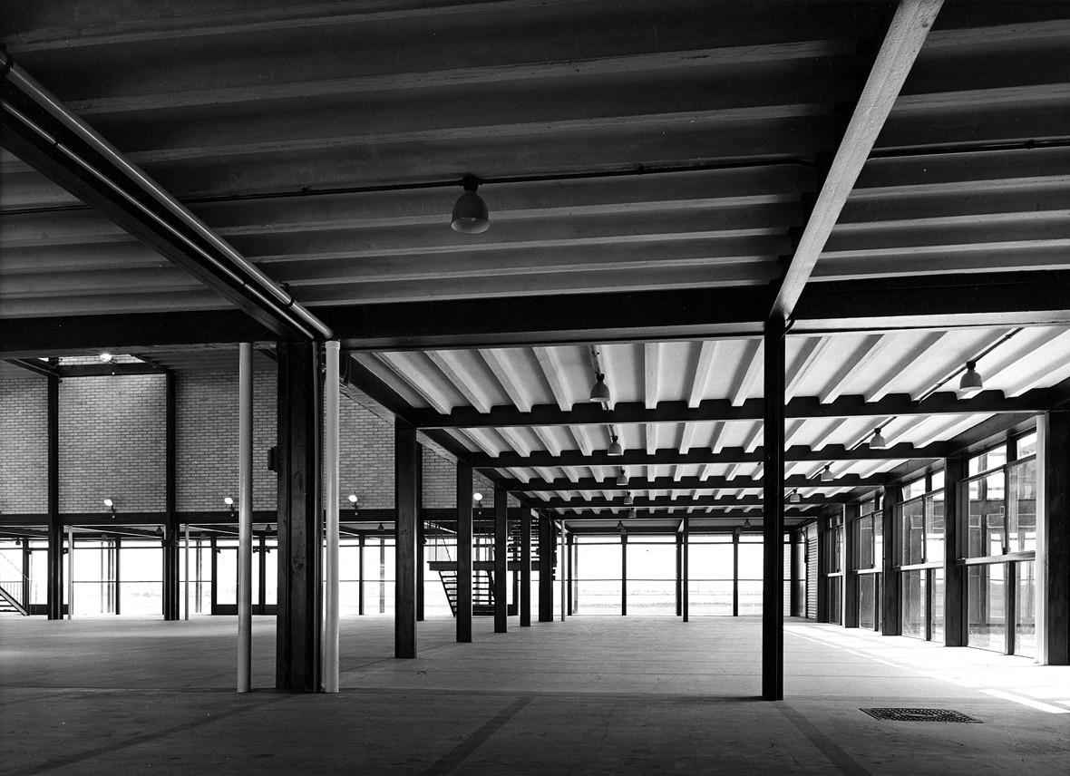 L'école secondaire de Hustanton, Norfolk, Alison et Peter Smithson   1949-45  © architectsjournal
