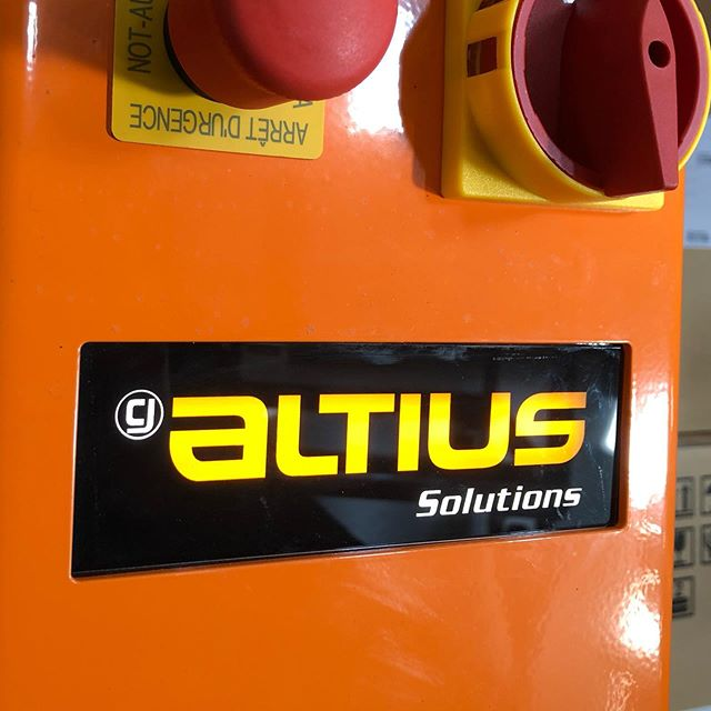 Our illuminated machine signs are perfect for inserting into cut sheet metal. Comes with a custom length wire to hook up to 24 volts. This is for Altius Solutions pallet lifts! 👍#industrialmarking #markings #signage #marking
