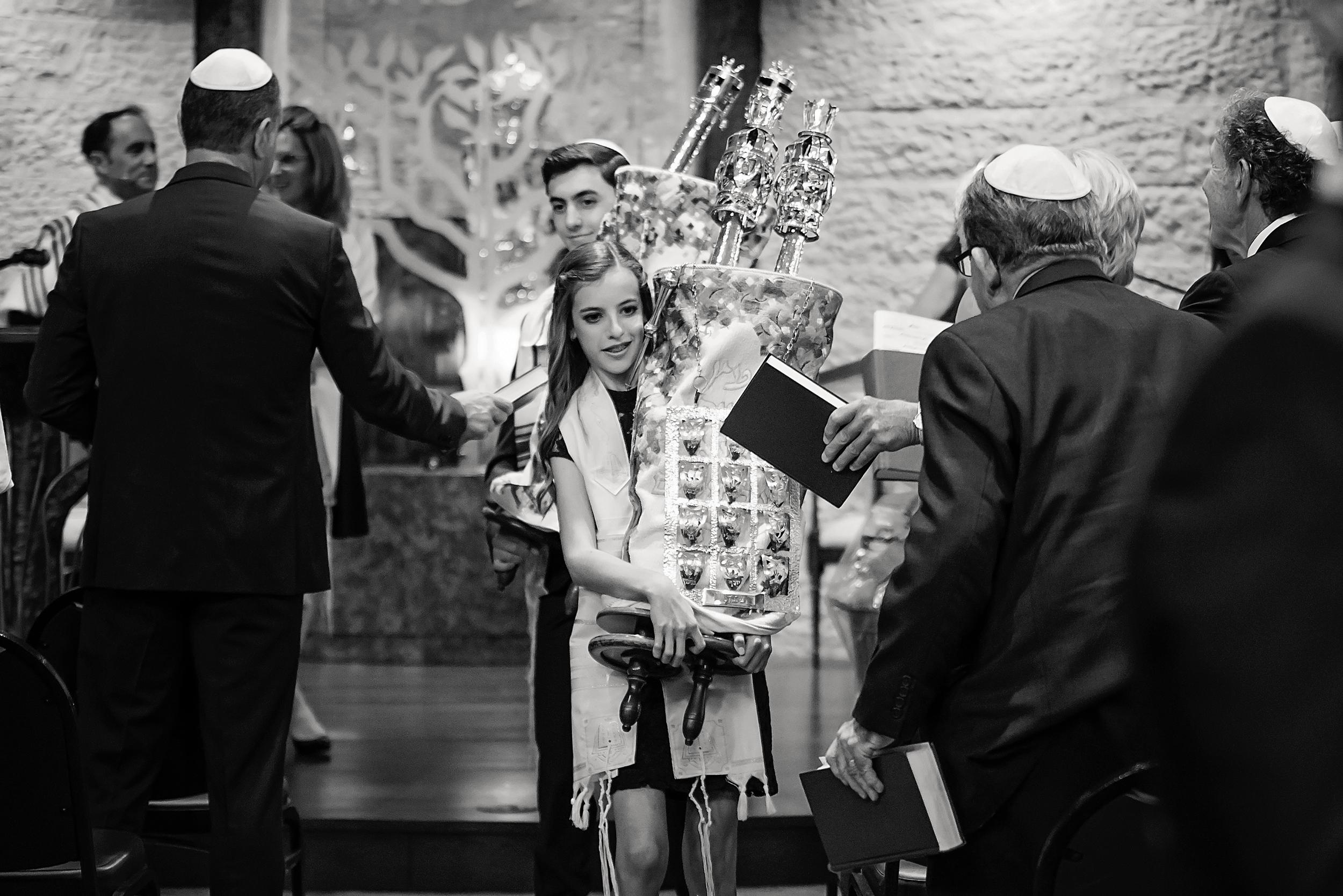 Ava Mitzvah-192bw.jpg