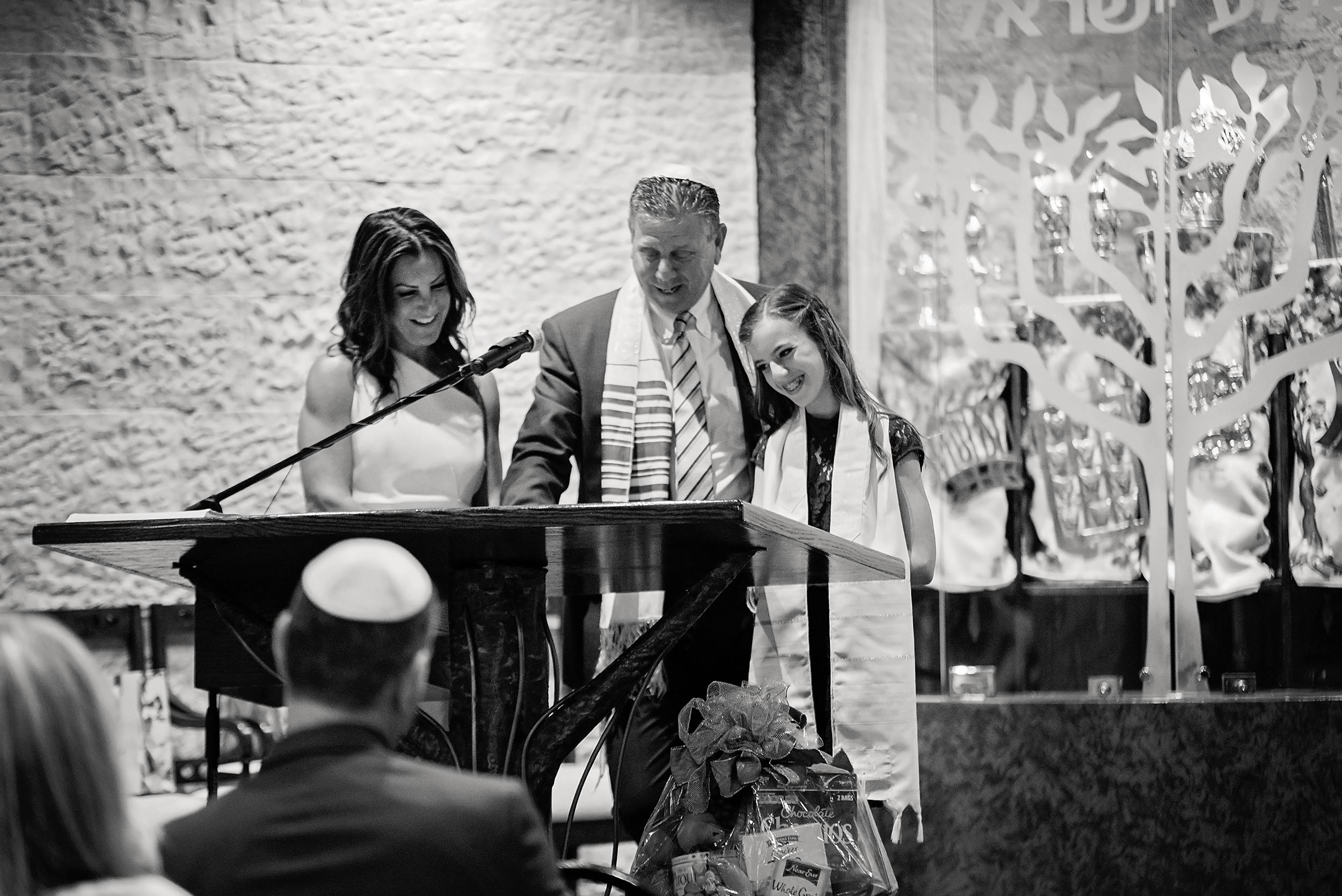 Ava Mitzvah-287bw.jpg