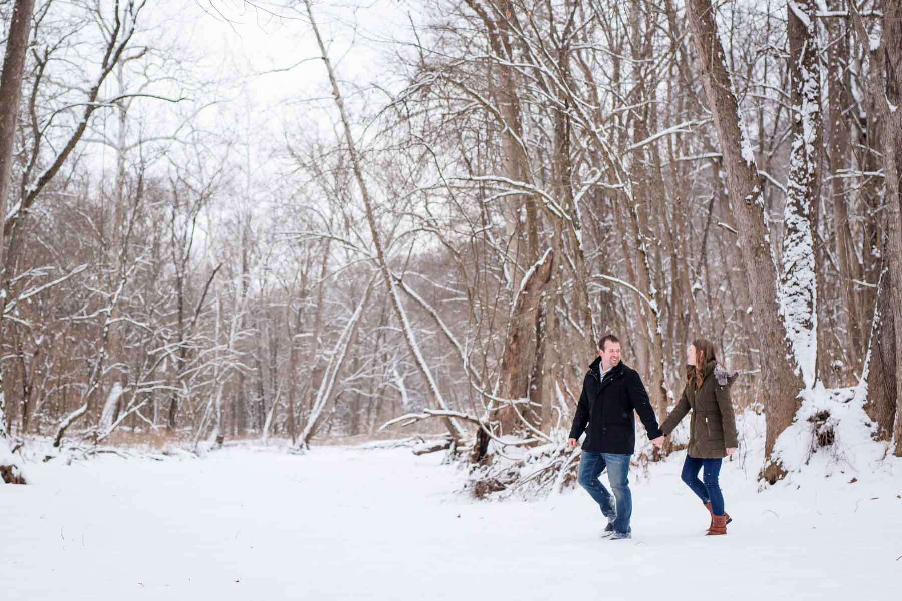 snowy engagement session-4.jpg