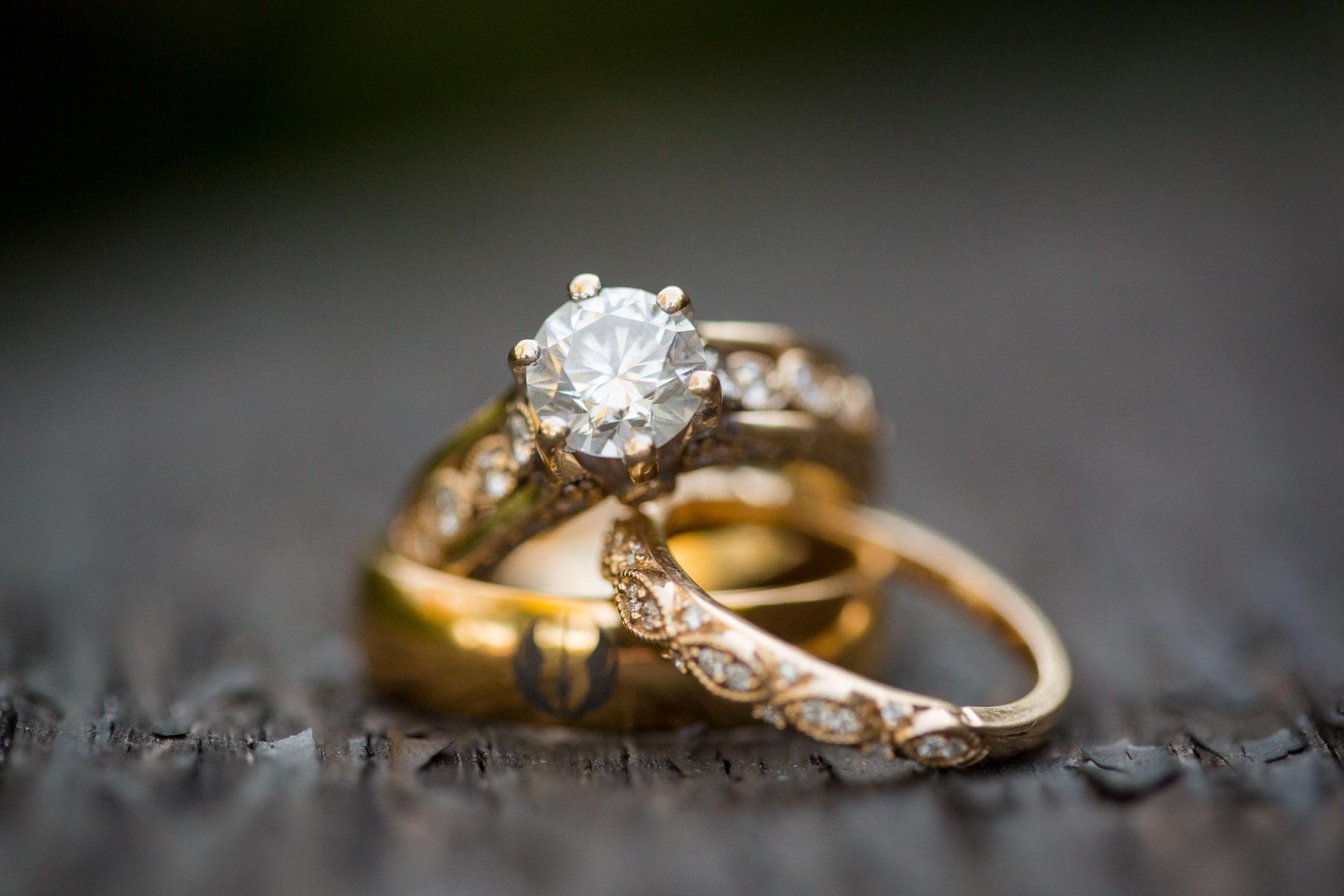 wedding rings-1.jpg