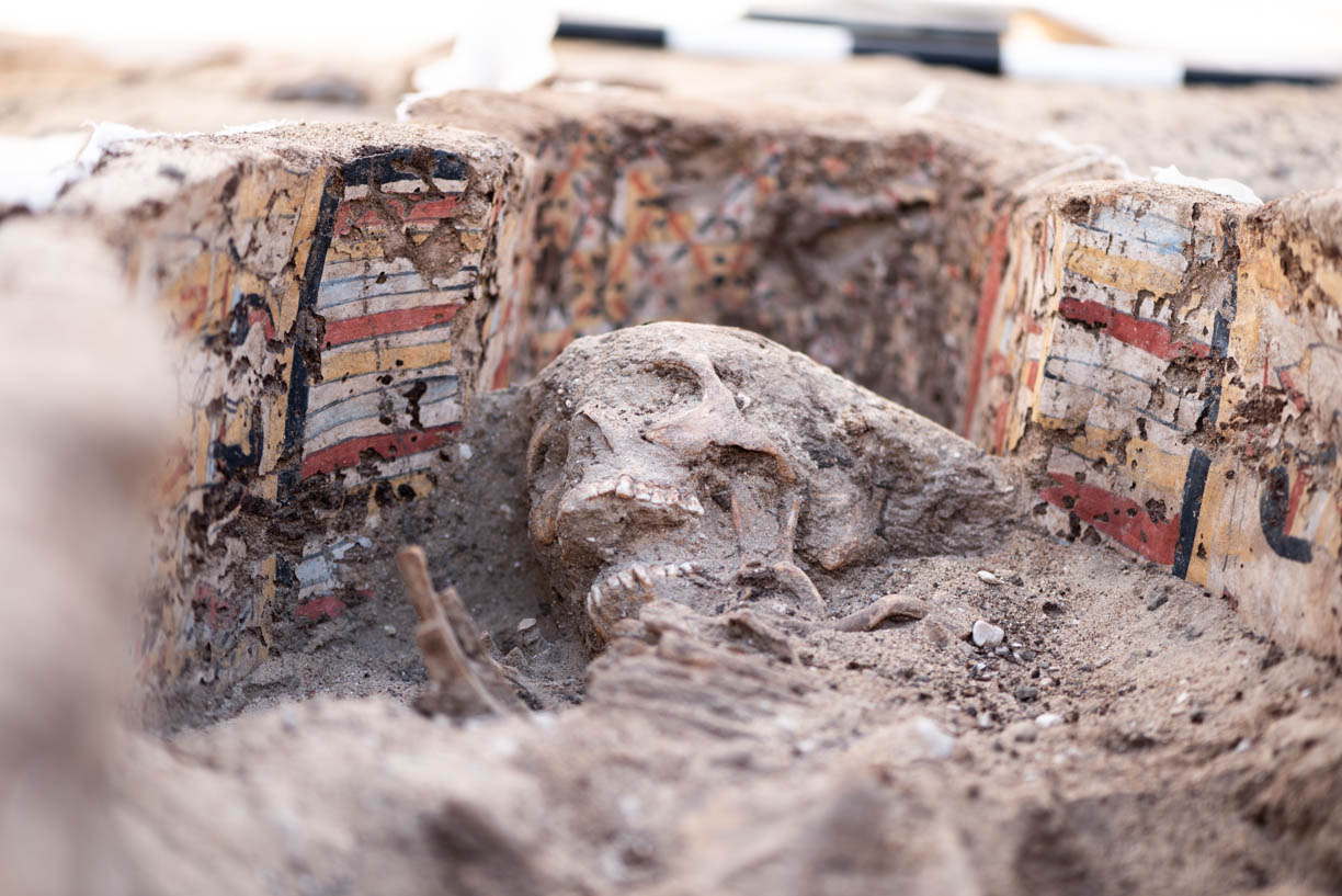 Fig. 15. Stages of uncovering the burial during conservation treatment. Photo: Ayman Damarany / North Abydos Expedition © 2019