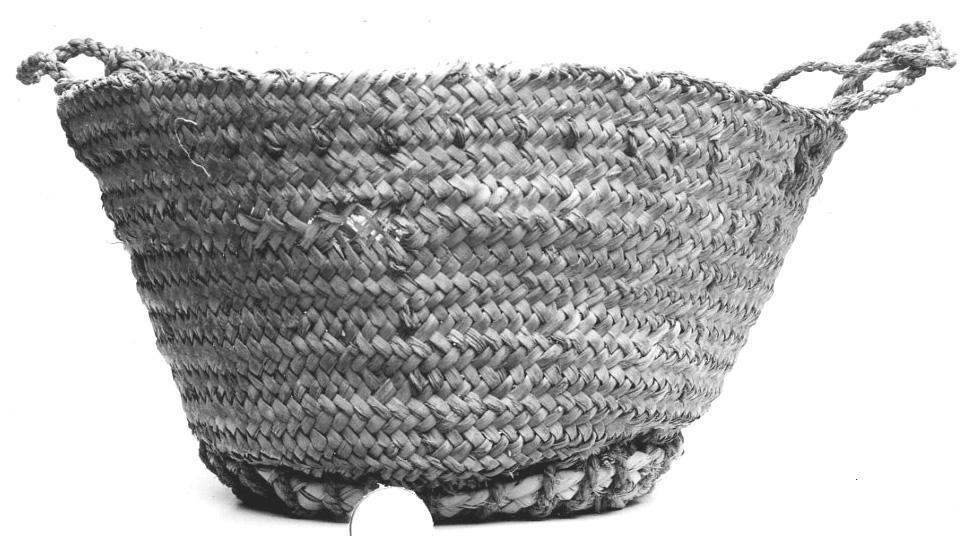 Fig. 19. Ancient  maqtaf , possibly New Kingdom, excavated at Deir el-Bahri in 1931. Metropolitan Museum of Art 31.3.148