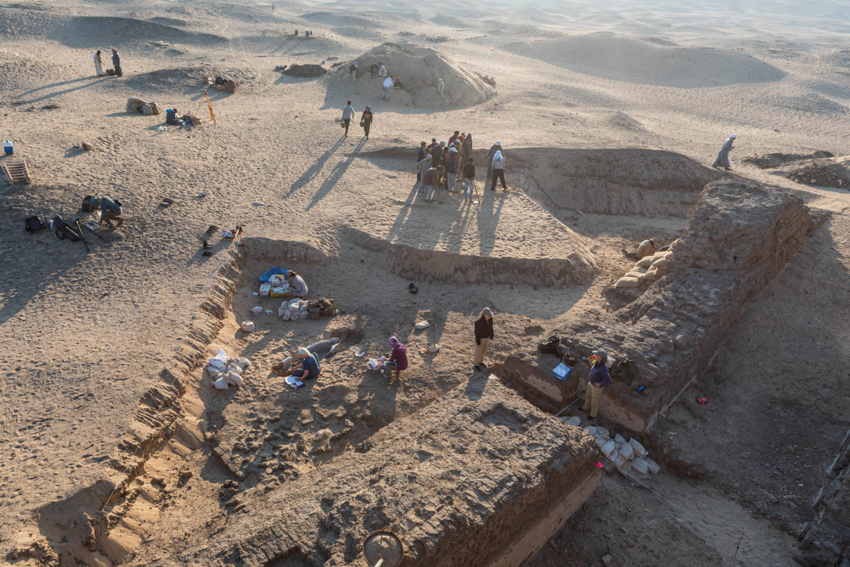 Fig. 4. Early morning excavation in progress outside the east corner gateway of the Shunet el-Zebib this season. Photo: Ayman Damarany © North Abydos Expedition 2019
