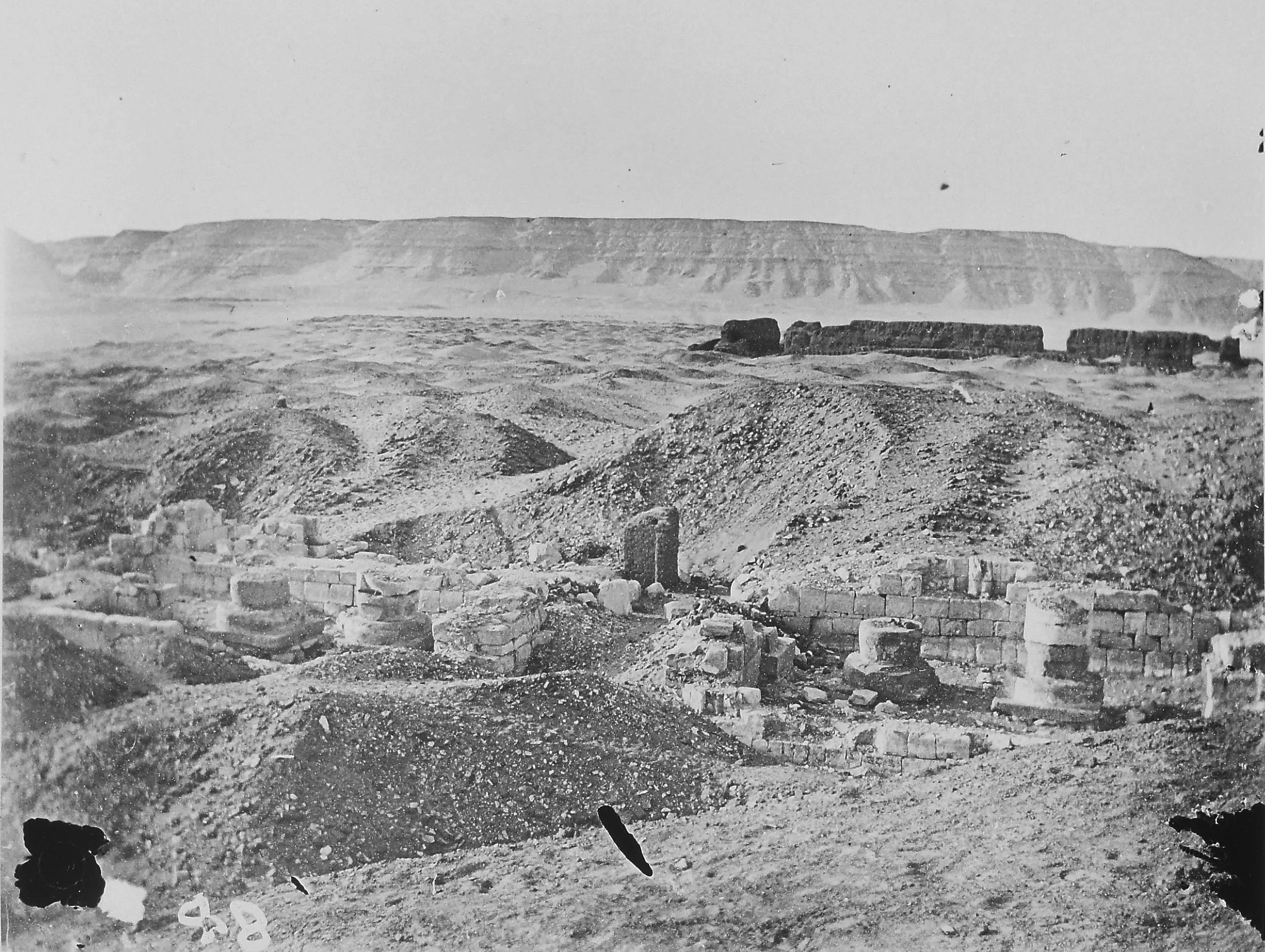 "Fig. 3. The ""Portal"" Temple of Ramses II and the archaeological landscape of North Abydos during Flinders Petrie's excavations for the Egypt Exploration Fund in 1902-03. Photo courtesy of the  Egypt Exploration Society ."