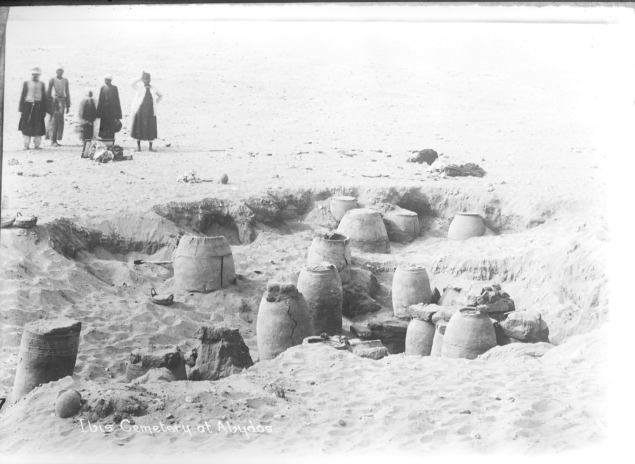 Fig. 4. Excavation of ibis burials in the Middle Cemetery at Abydos during W.L.S. Loat's excavations with T.E. Peet in 1912-13. Photo courtesy of the  Egypt Exploration Society