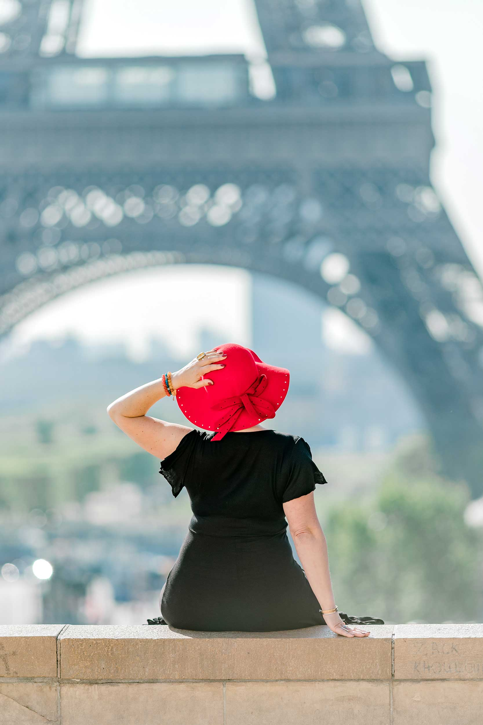 Paris-red-hat