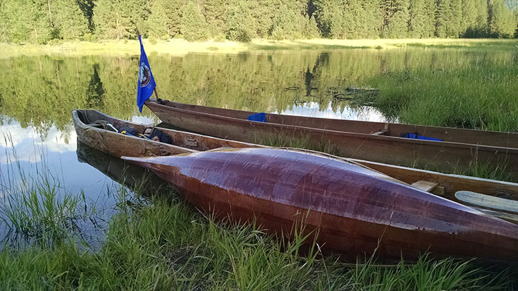 traditional-canoes-web.jpg