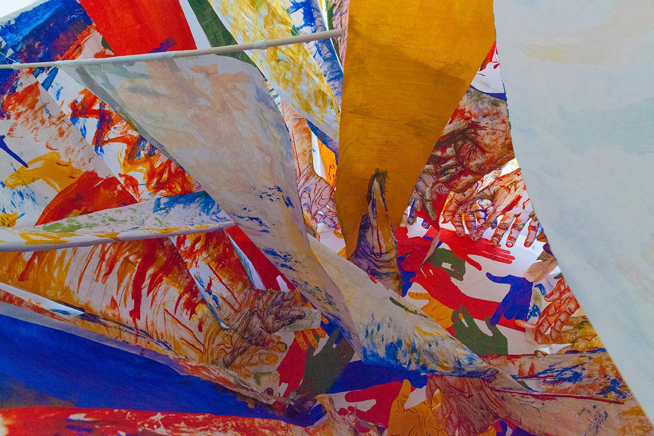 hands-tesseract-installation-hand-sails-mirena-rhee_03.jpg