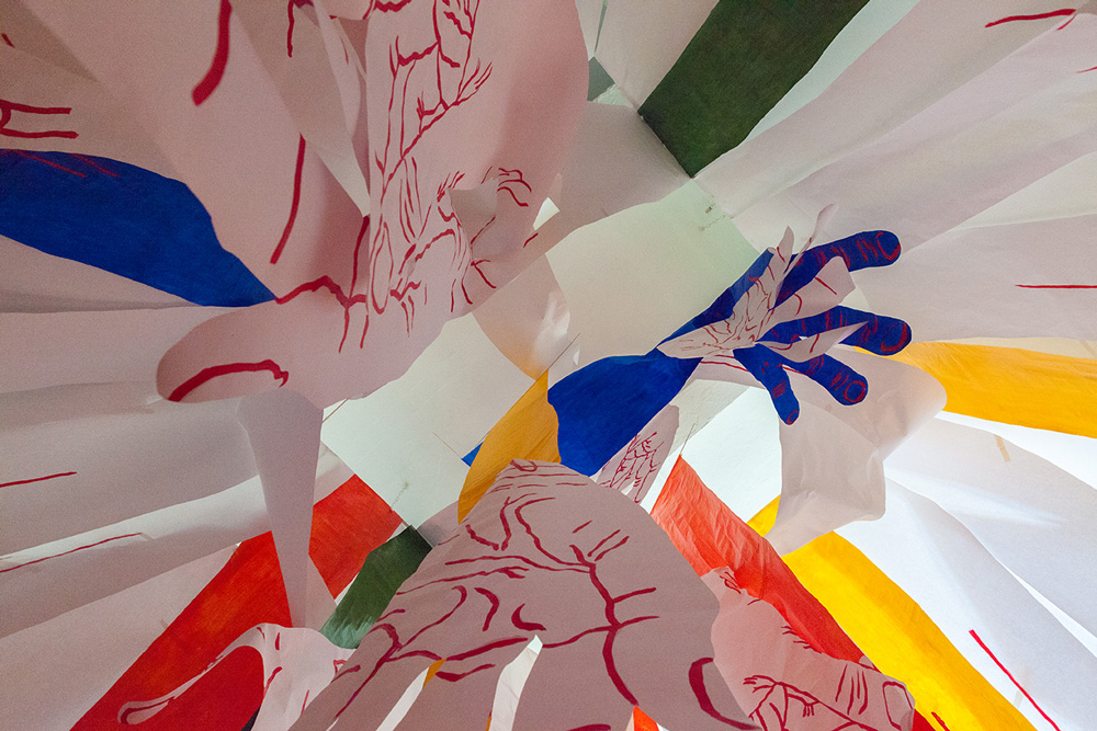 hands-tesseract-tangled-up-hands-mirena-rhee-installation_03.jpg