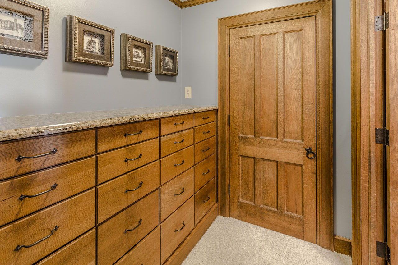 Bedroom 4 with built-in drawers.jpg