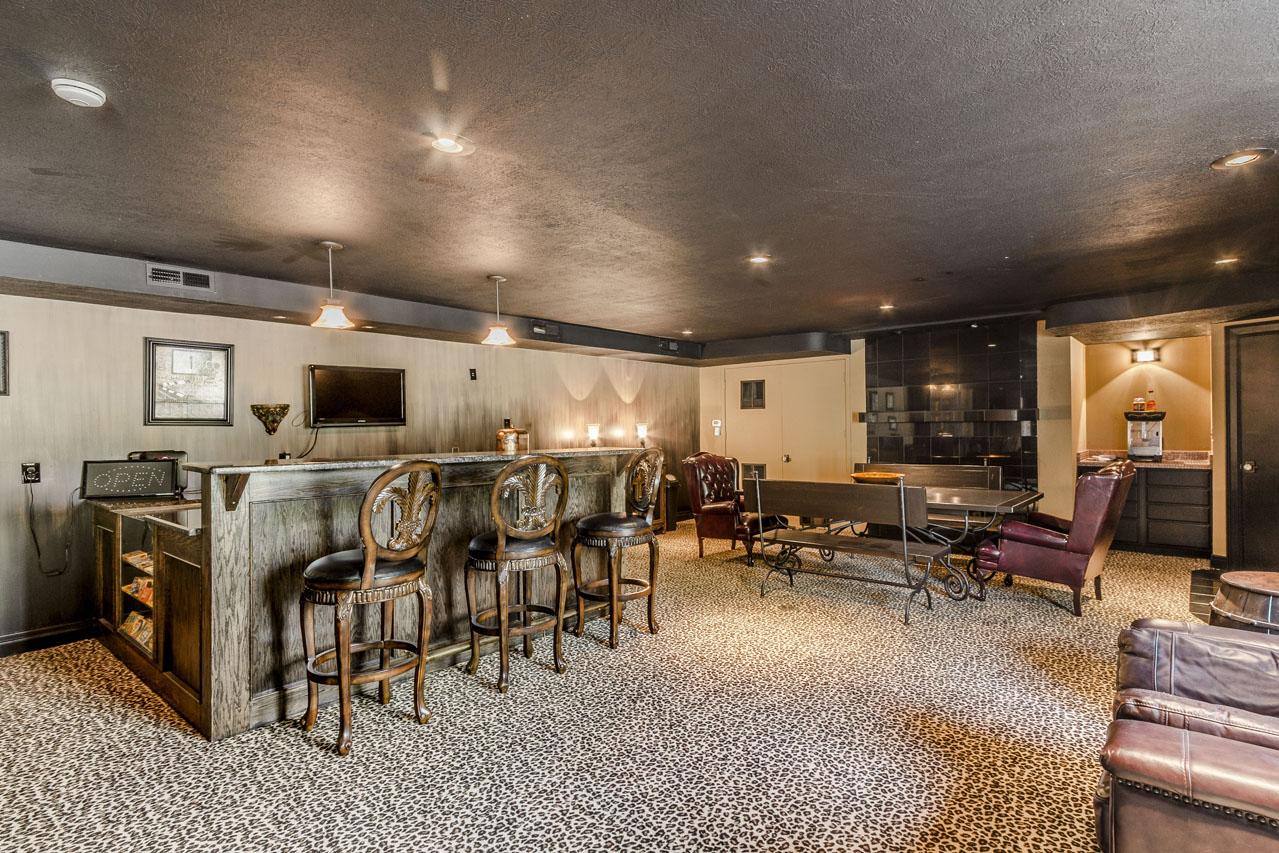 Endless entertaining space, fireplace.jpg